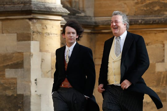Stephen Fry (R) and Elliott Spencer