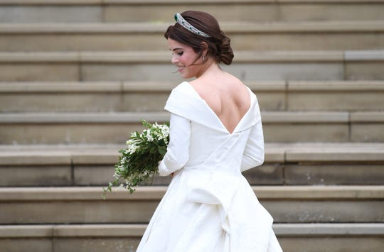 The back of the wedding dress of the princess Eugenie.