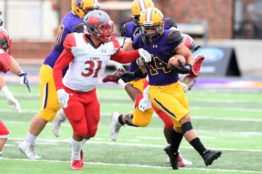 Hardin-Simmons slotback Bryson Hammonds (14) rushed for a career-high 133 yards on 15 carries, also a career high, against Sul Ross last week.