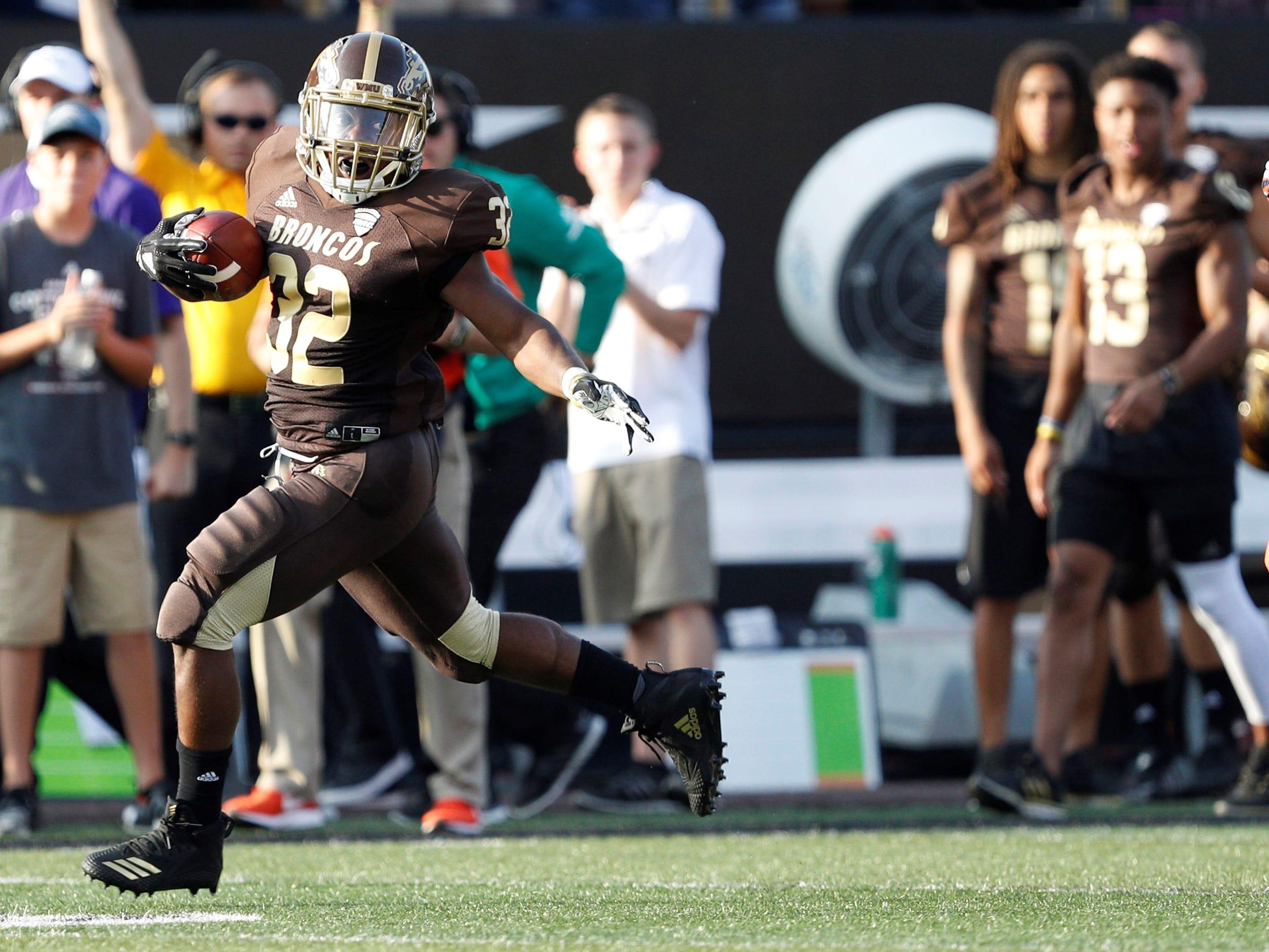 Western Michigan football: Jamauri Bogan's 4 TDs help Broncos stay unbeaten in MAC