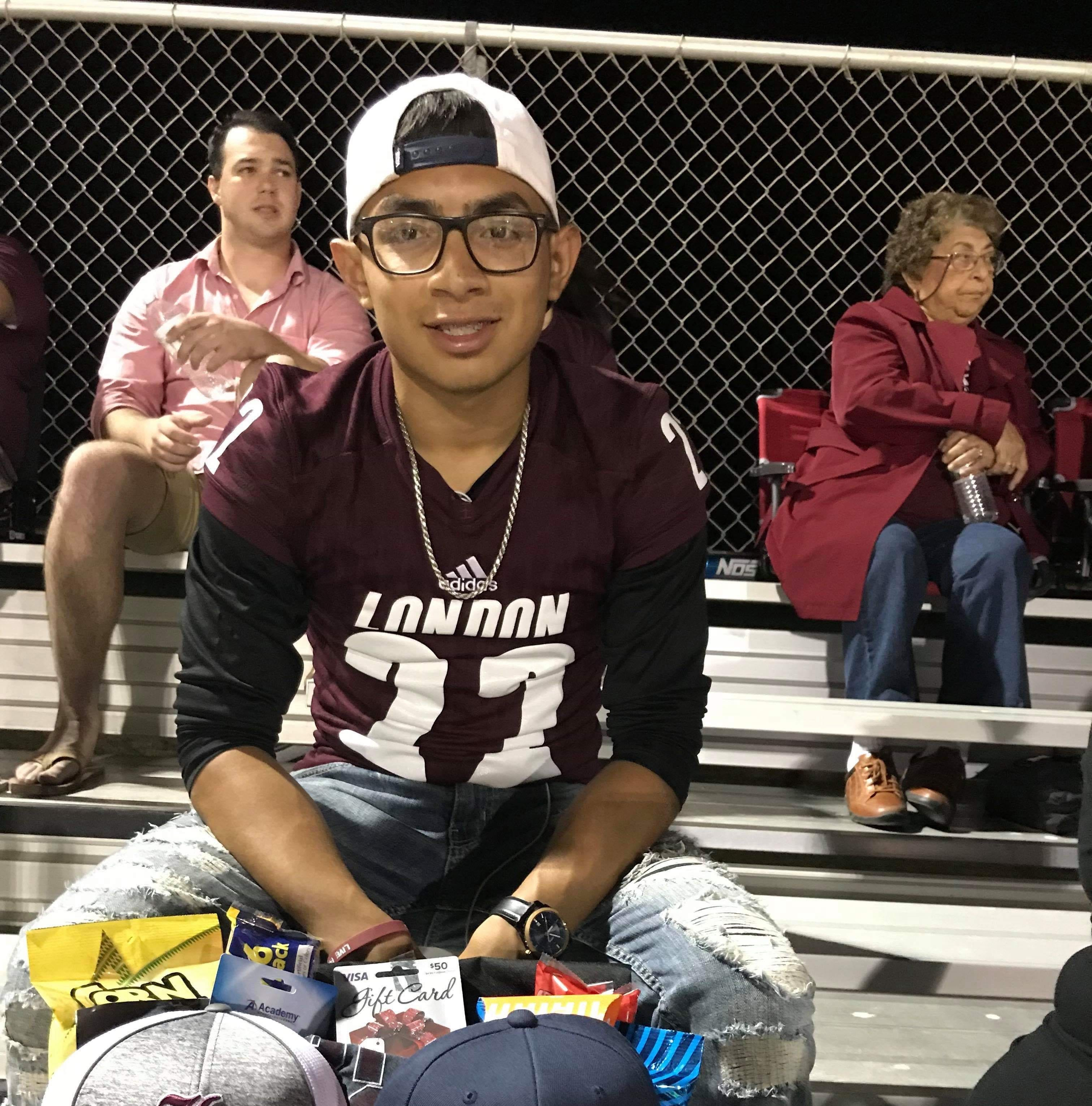 London team honors former player's family