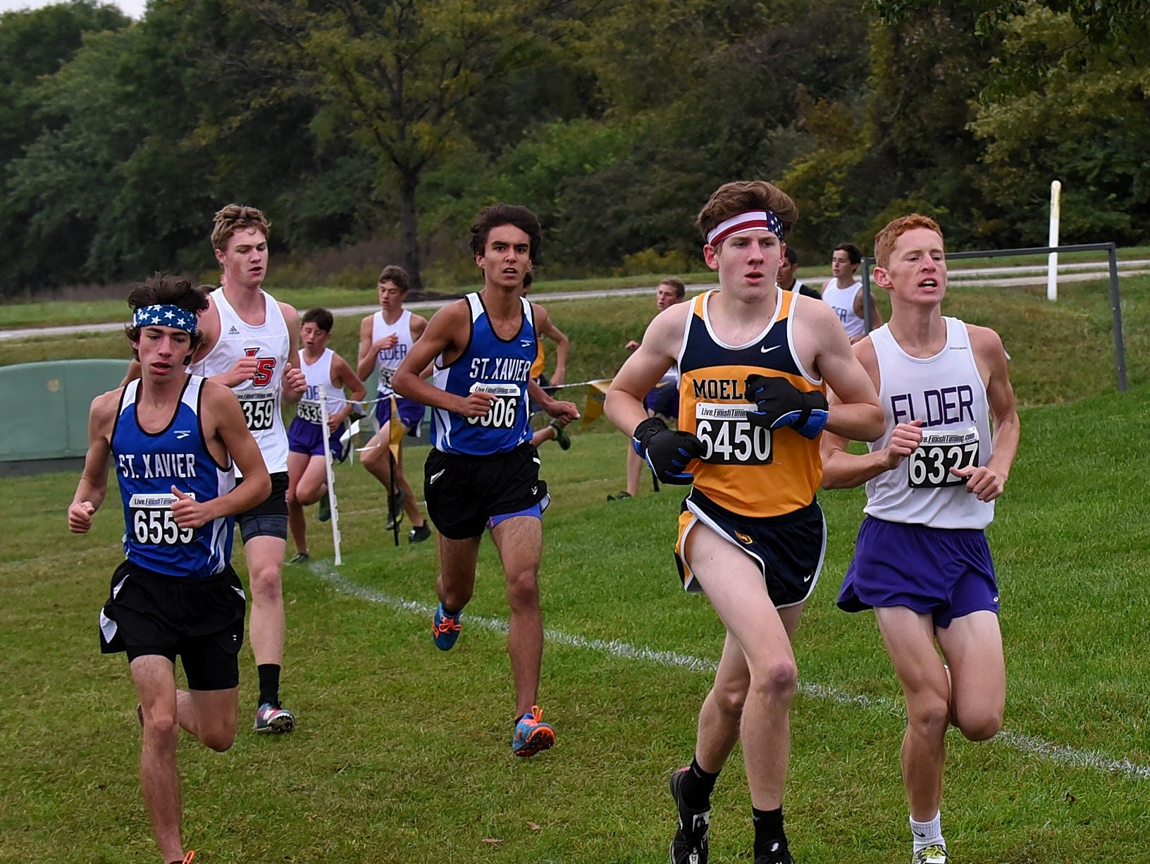 GCL South runners power into the backstretch at the 2018 GCL/GGCL Cross Country Championships, October 13, 2018.
