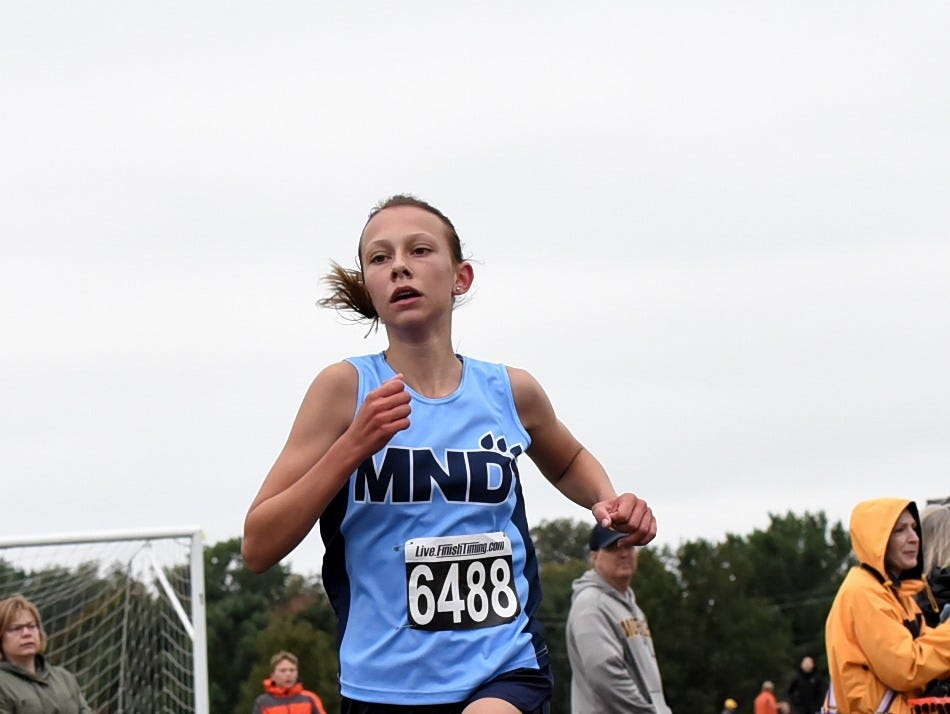 Mt. Notre Dame's Ellle Seeger brought home 6th place at the 2018 GCL/GGCL Cross Country Championships, October 13, 2018.