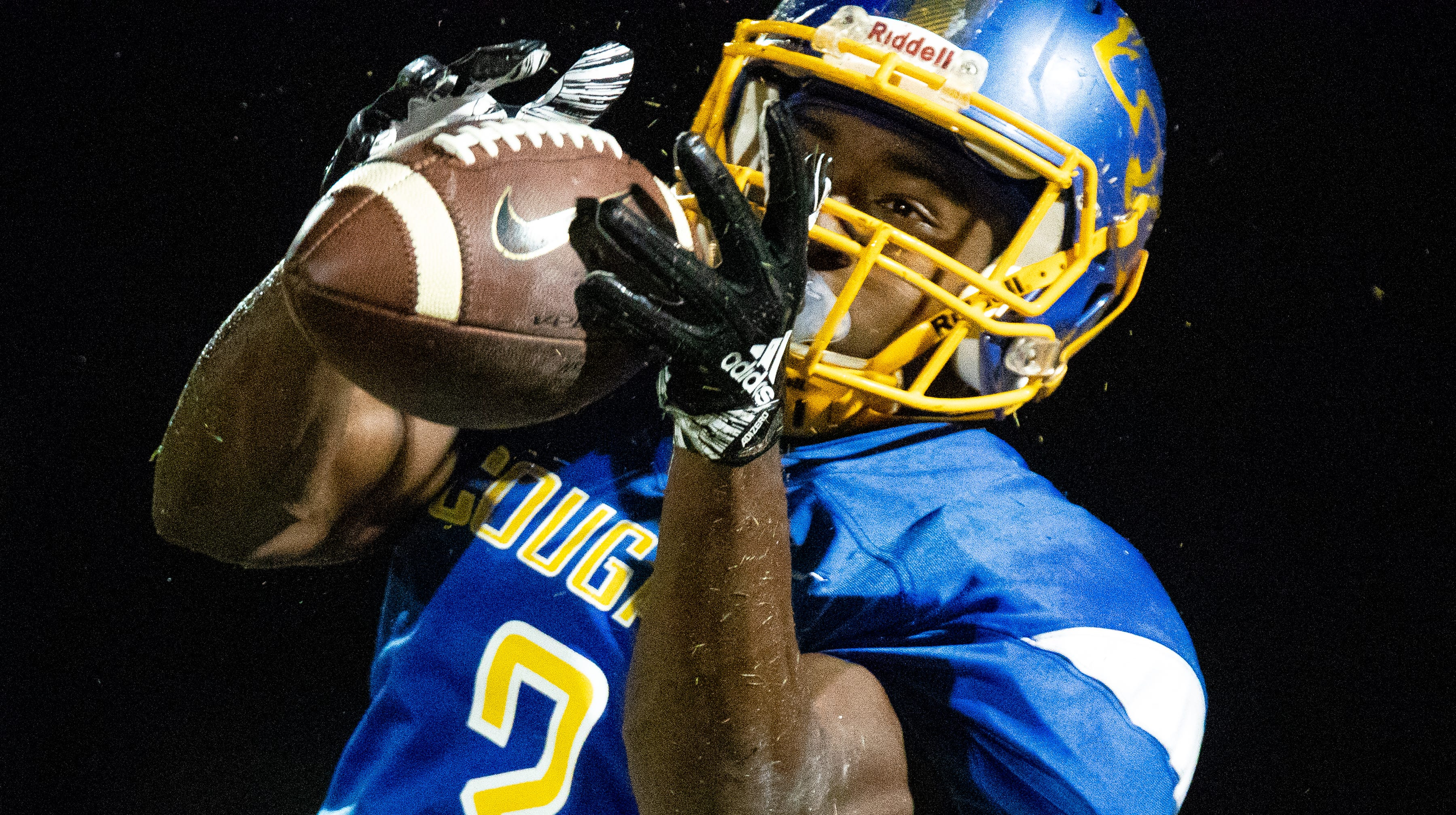 T.J. Jenkins (3) of Clarksville Academy catches the ball during the first half at Clarksville Academy Sports Complex on Oct. 12, 2018, in Clarksville.
