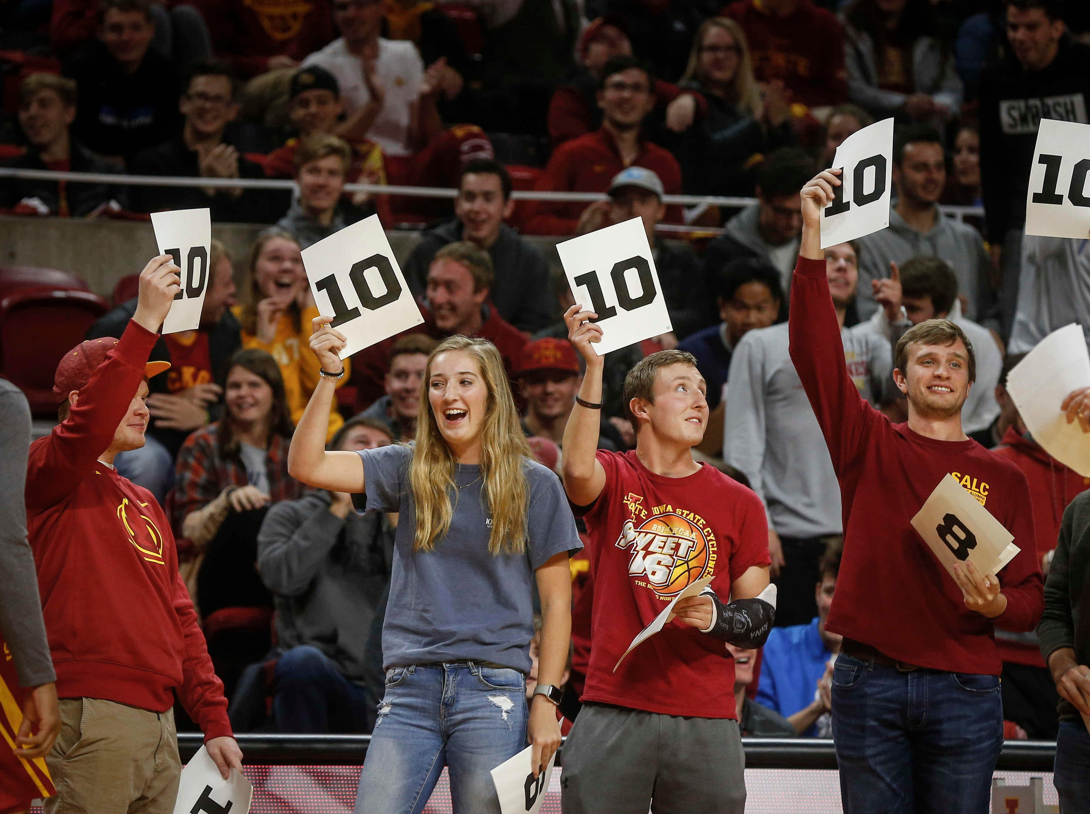 Judges react to a Lindell Wigginton dunk during Hilton Madness at Hilton Coliseum in Ames on Friday, Oct. 12, 2018.