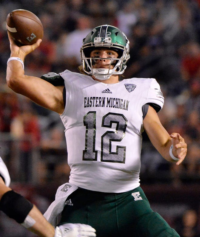 Eastern Michigan quarterback Tyler Wiegers