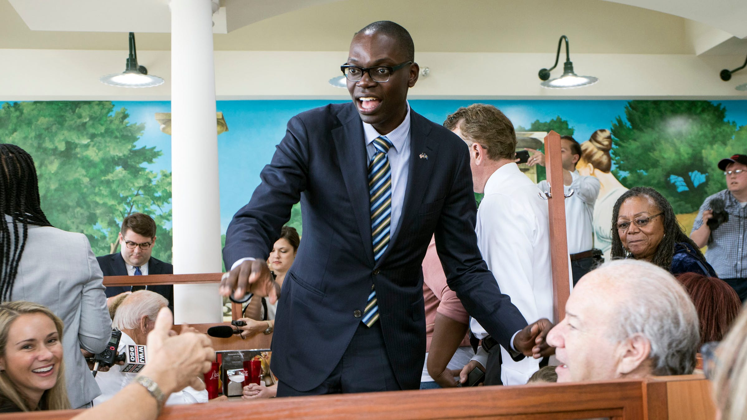 Who is Garlin Gilchrist? Father, tech expert, Whitmer running mate