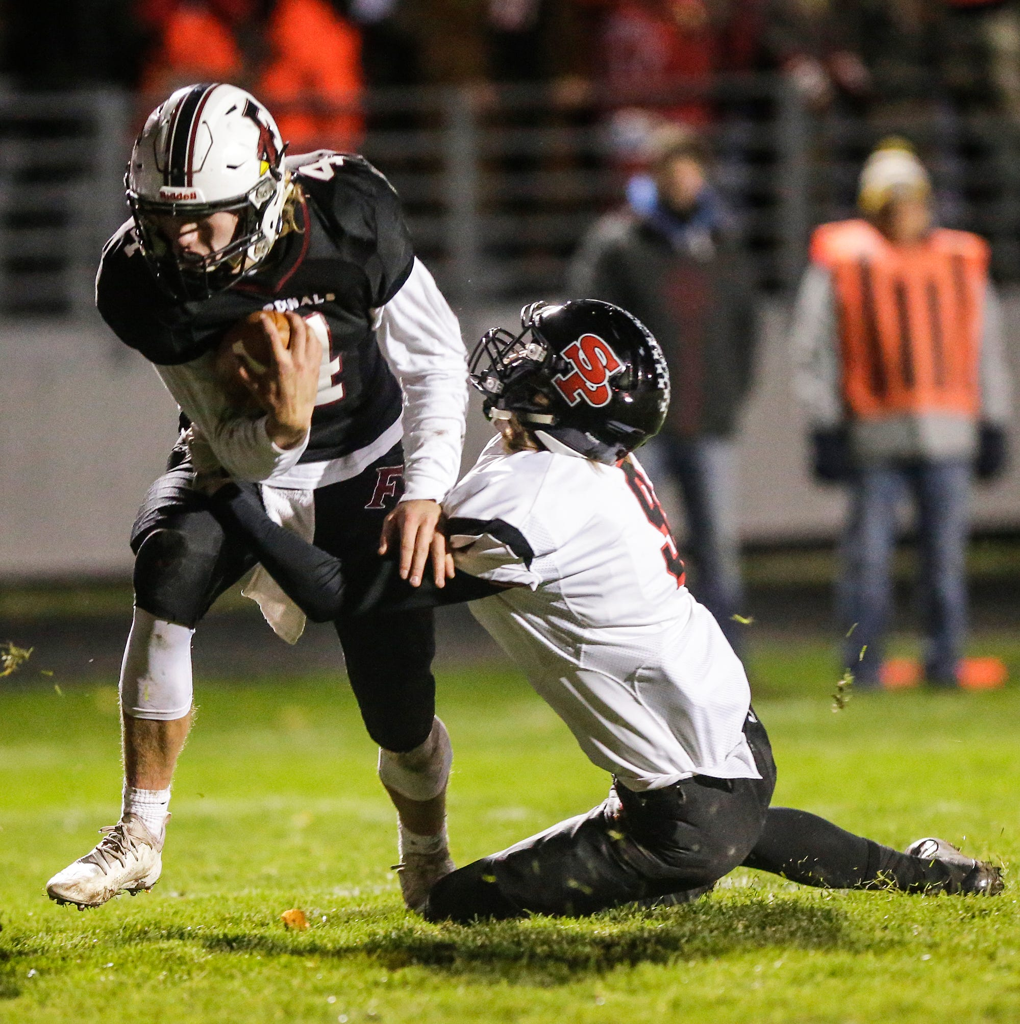 High school football: Five Fond du Lac area teams enter WIAA playoffs
