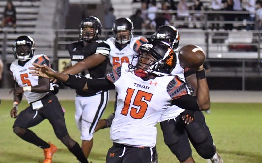 Lely hit a touchdown pass as time expired to beat Mariner 16-10 on Friday, Oct. 12.
