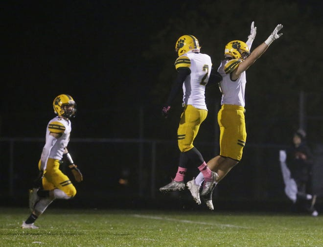 Ashwaubenon is back in the playoffs for the 21st straight season.