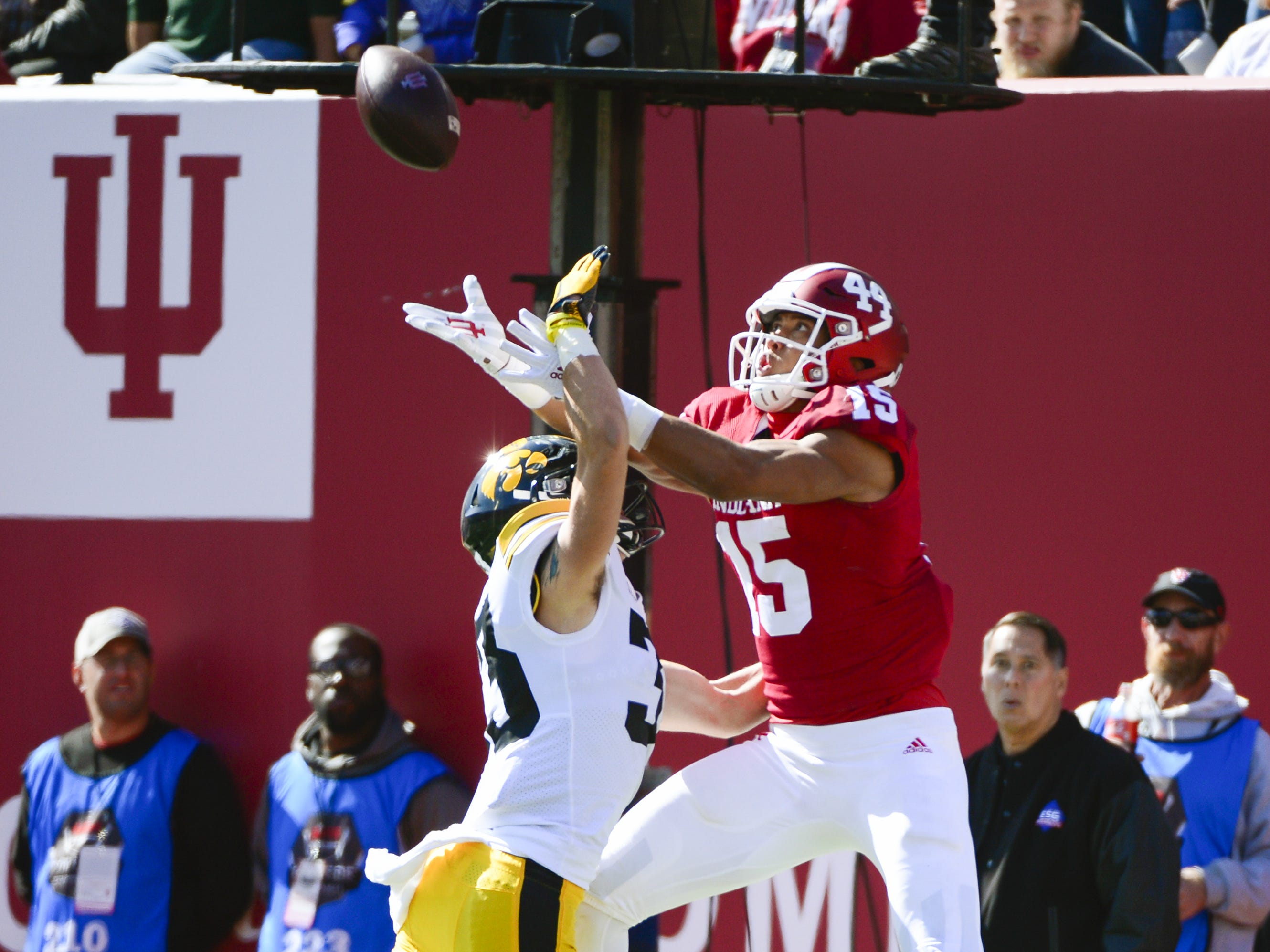 Indiana Hoosiers wide receiver Nick Westbrook (15) attempts to catch a pass against Iowa at Memorial Stadium in Bloomington, Ind., on Saturday, Oct. 13, 2018.
