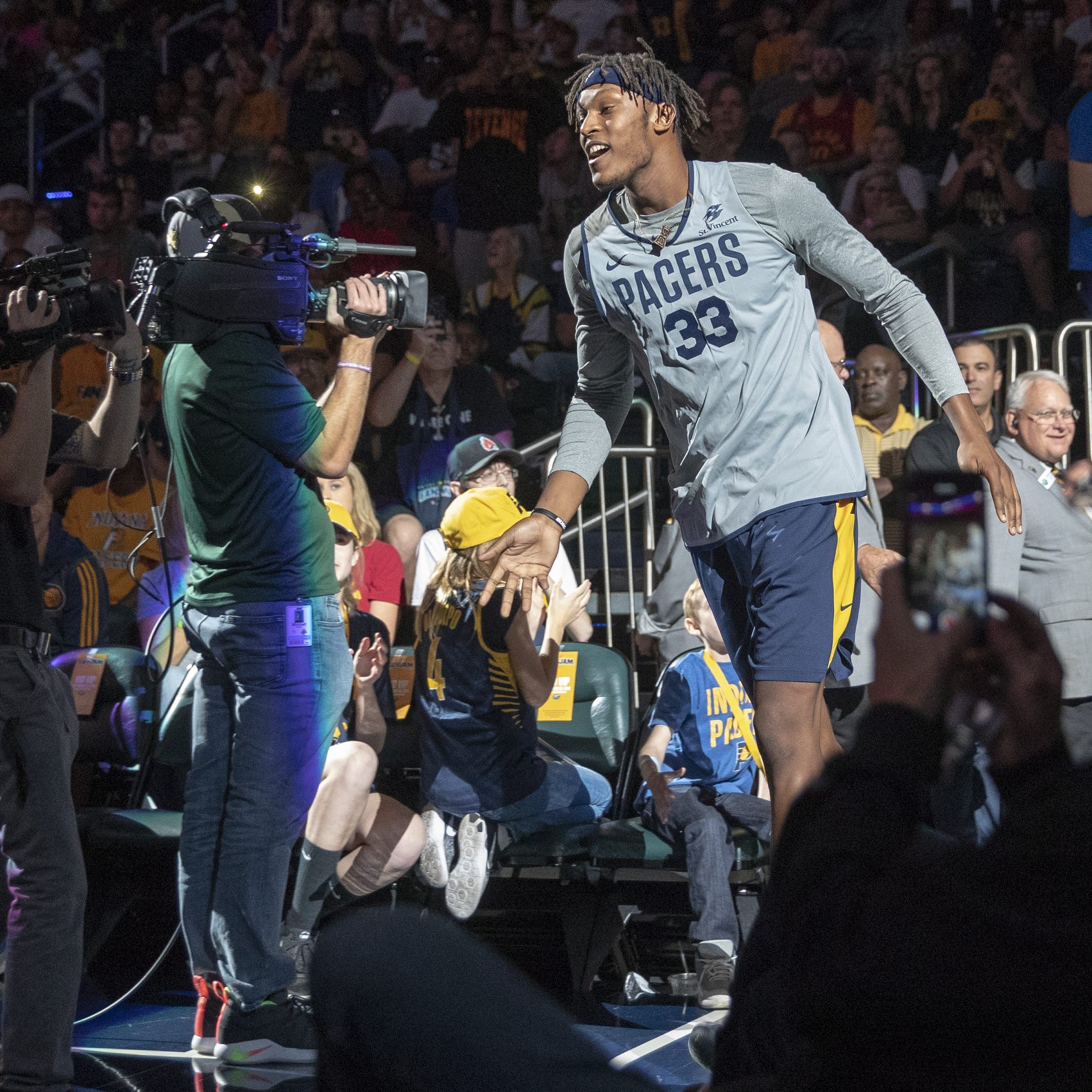 Myles Turner takes the court during the Pacers...