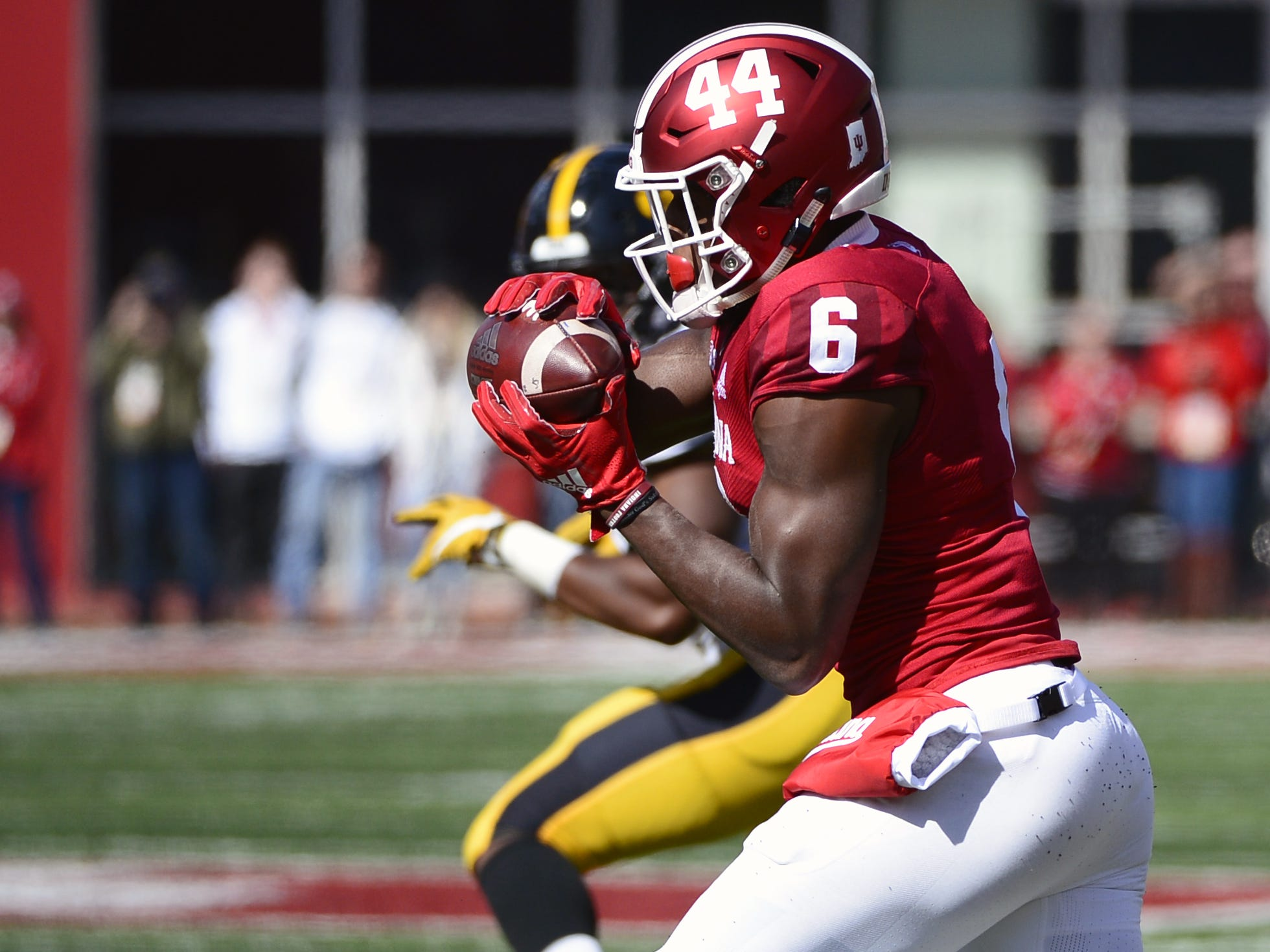 Indiana Hoosiers wide receiver Donovan Hale (6) catches a pass against Iowa at Memorial Stadium in Bloomington, Ind., on Saturday, Oct. 13, 2018.