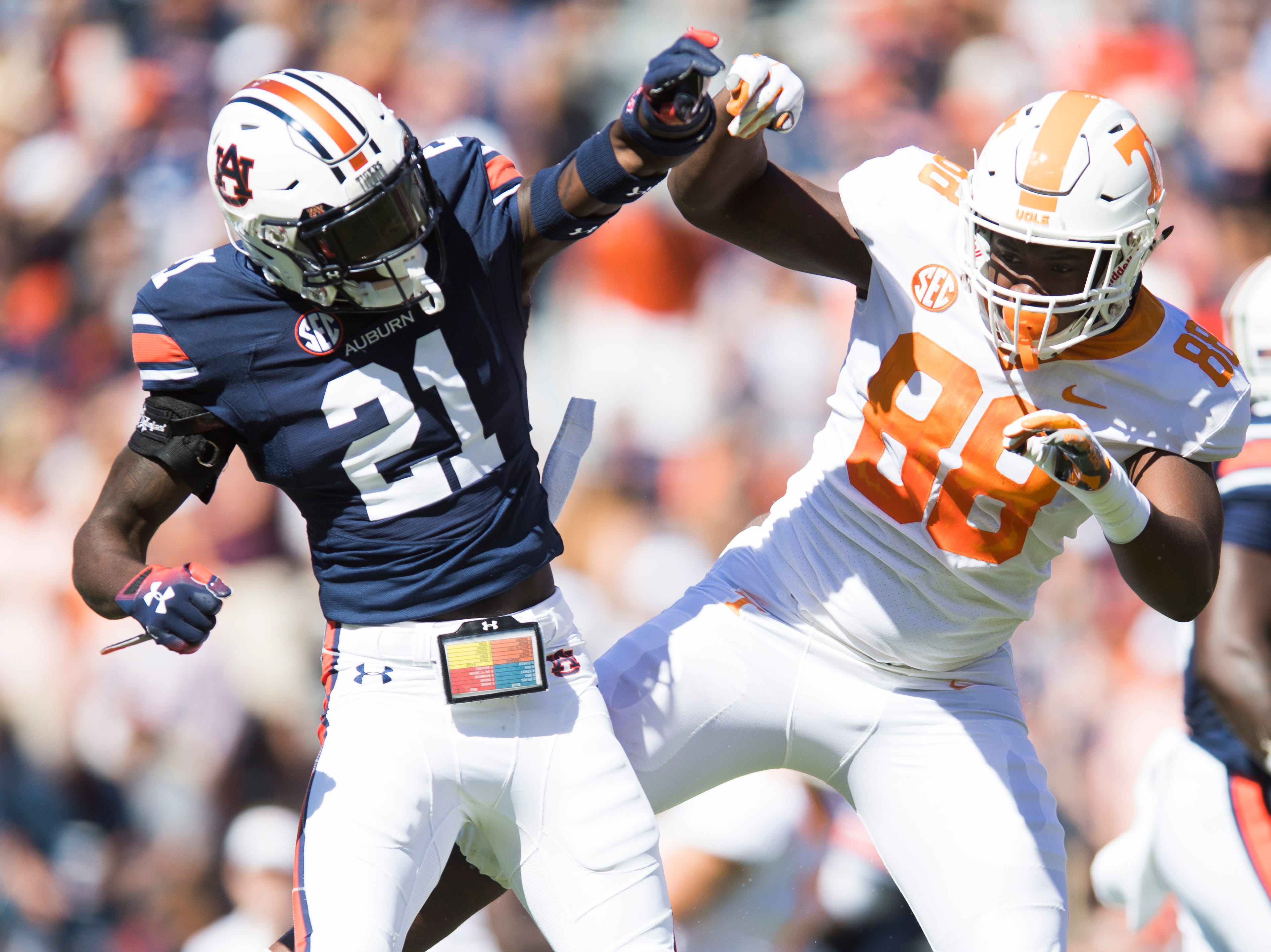 Tennessee tight end LaTrell Bumphus (88) and Auburn defensive back Smoke Monday (21) collide mid-air during a game between Tennessee and Auburn at Jordan-Hare Stadium in Auburn, Alabama on Saturday, October 13, 2018.
