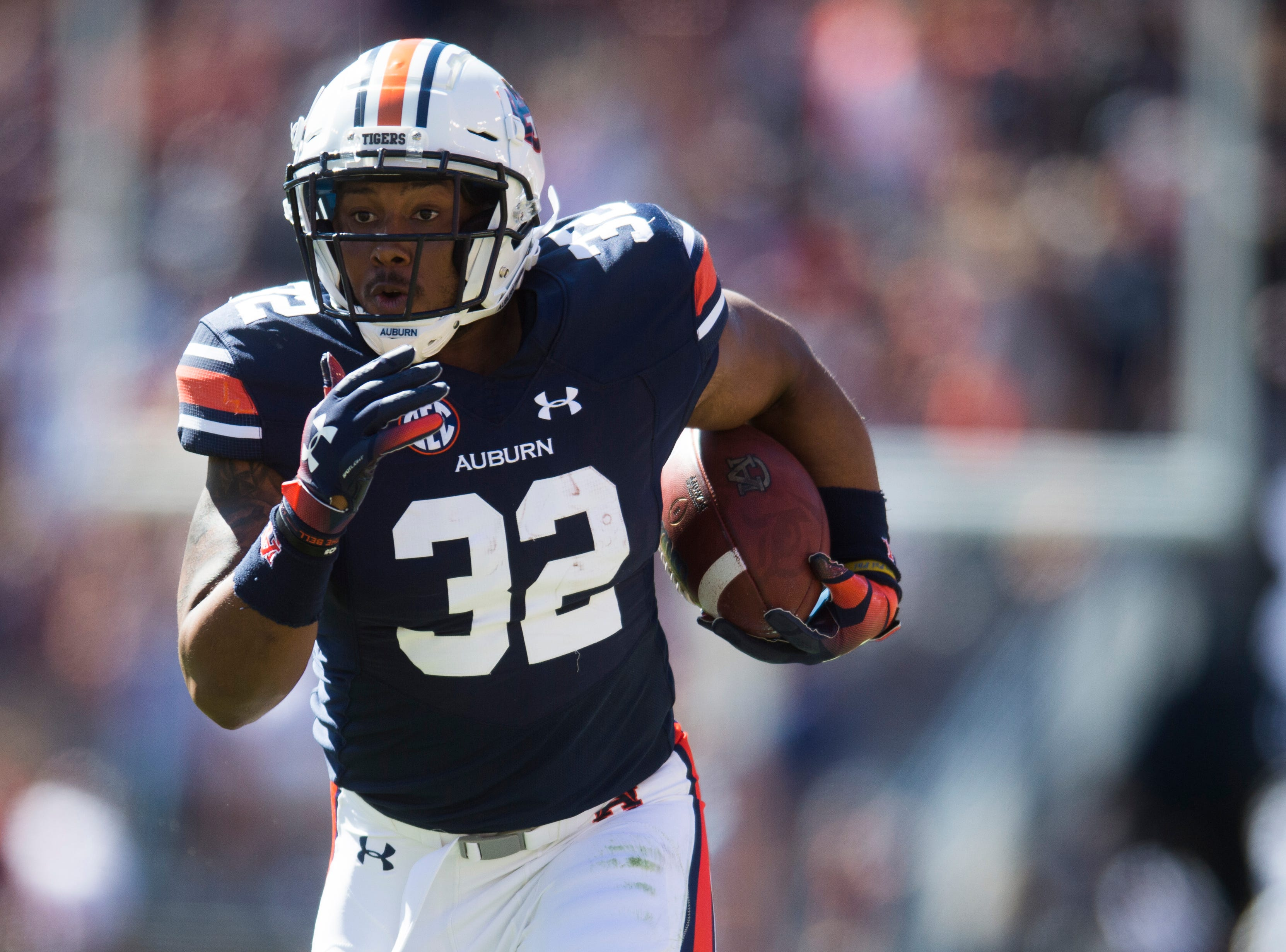 Auburn running back Malik Miller (32) runs with the ball during a game between Tennessee and Auburn at Jordan-Hare Stadium in Auburn, Alabama on Saturday, October 13, 2018.