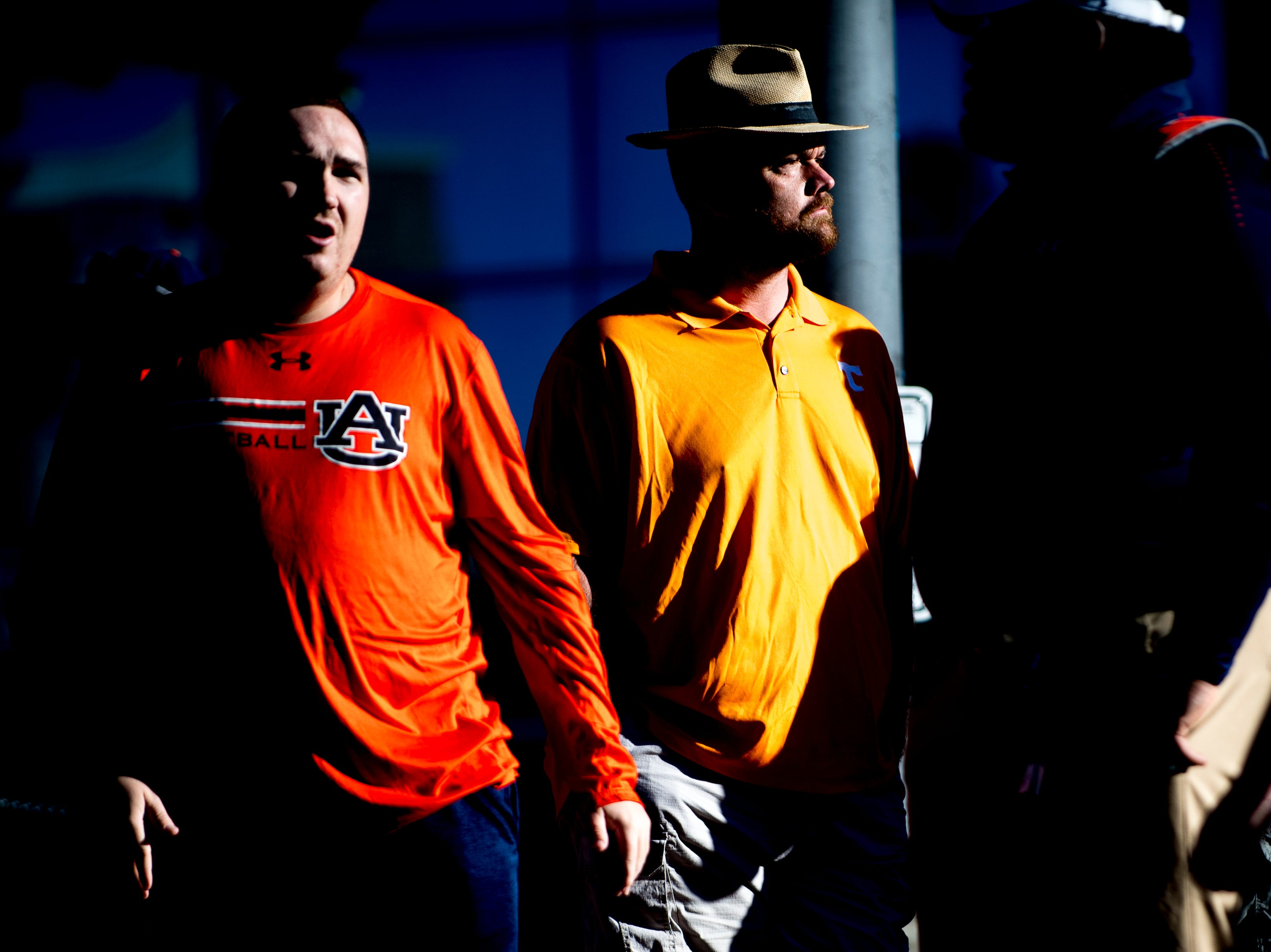 Fans wait for the Tiger Walk during a game between Tennessee and Auburn at Jordan-Hare Stadium in Auburn, Alabama on Saturday, October 13, 2018.