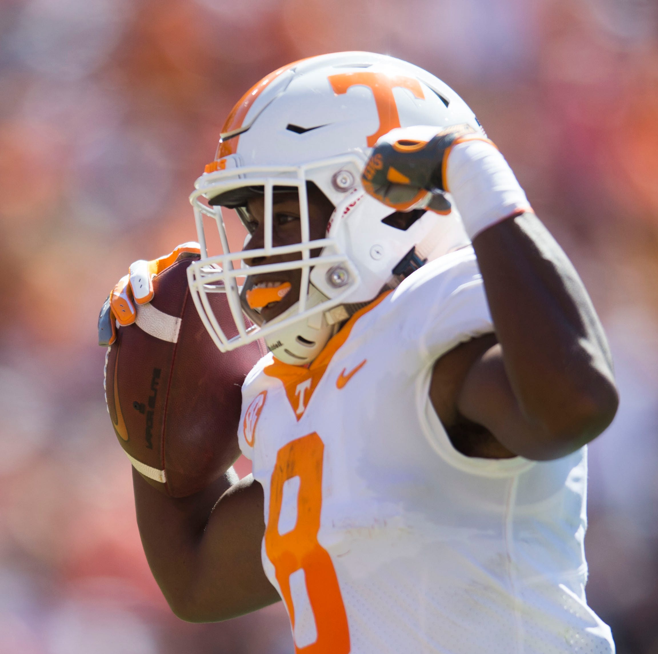 Tennessee running back Ty Chandler (8) celebrates...
