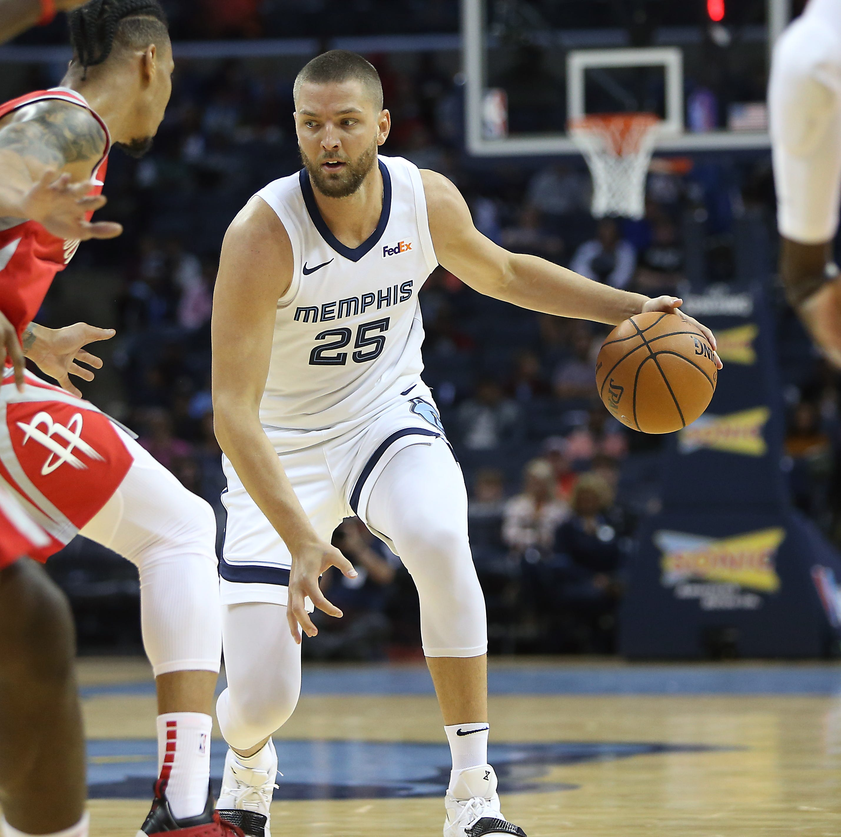 Grizzlies' Chandler Parsons will 'get minutes like everybody else'