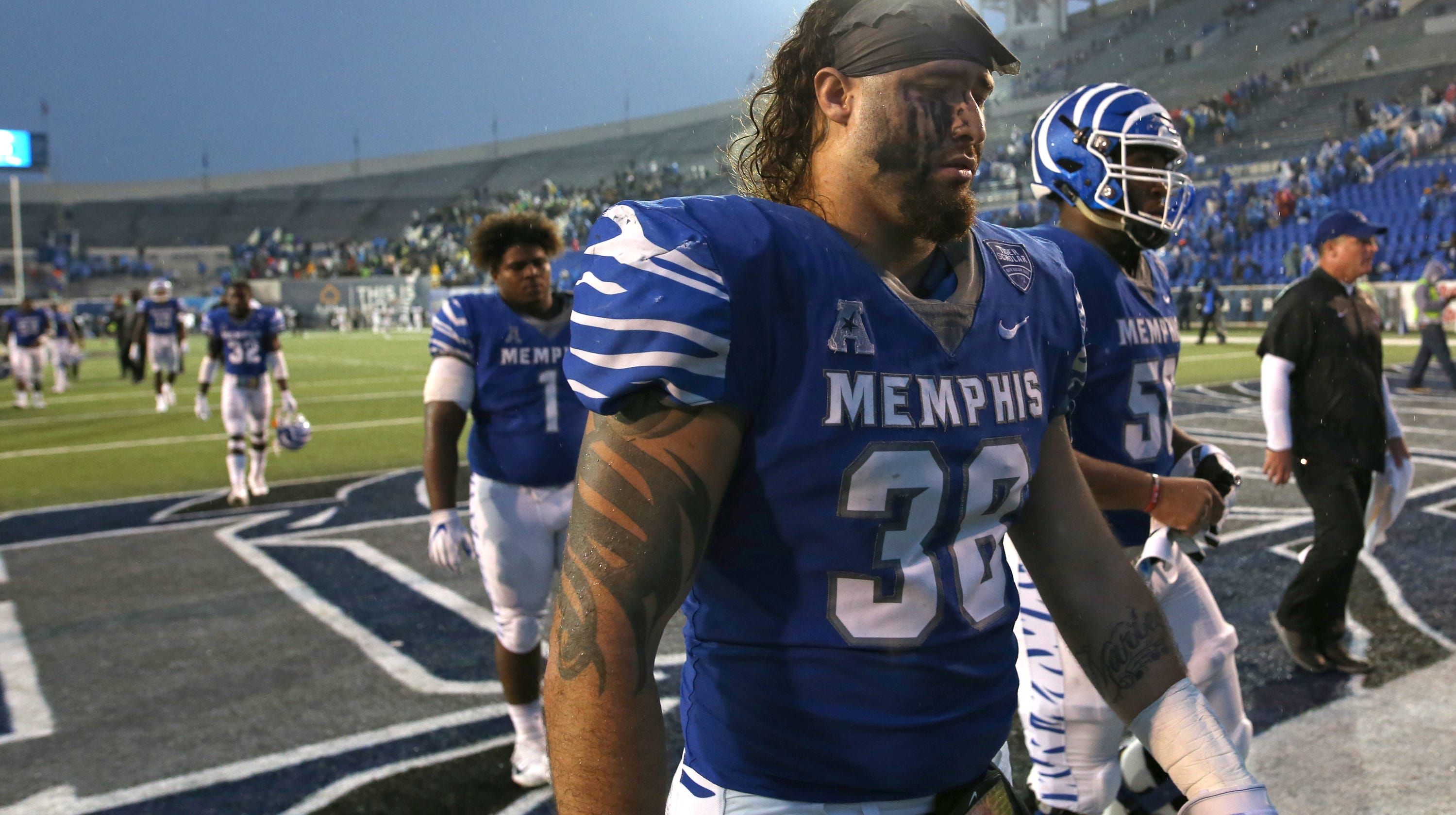 Memphis Tigers football lets UCF upset bid slip away b2a51e041