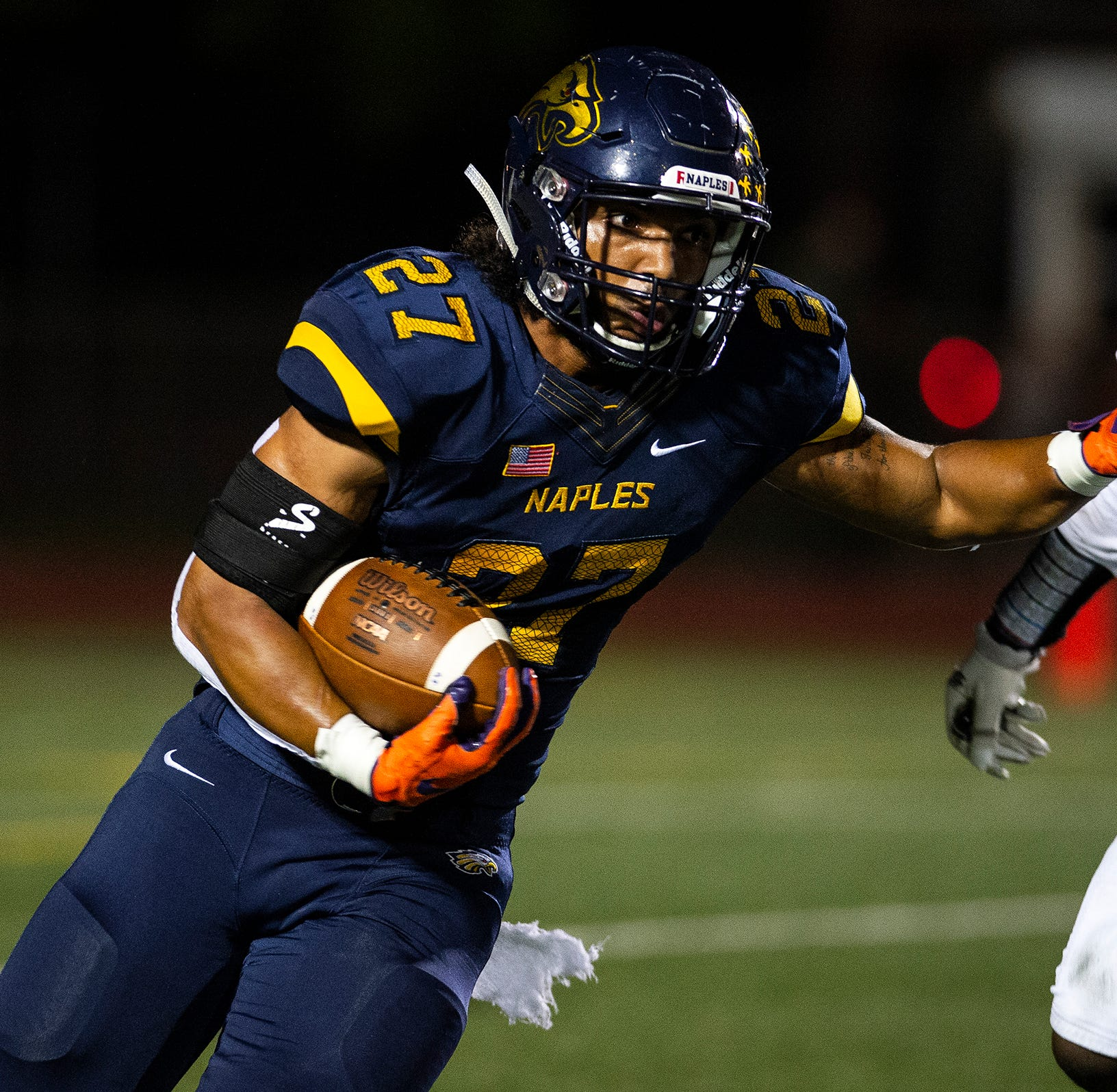 High school football: Naples dominates second half to beat Golden Gate