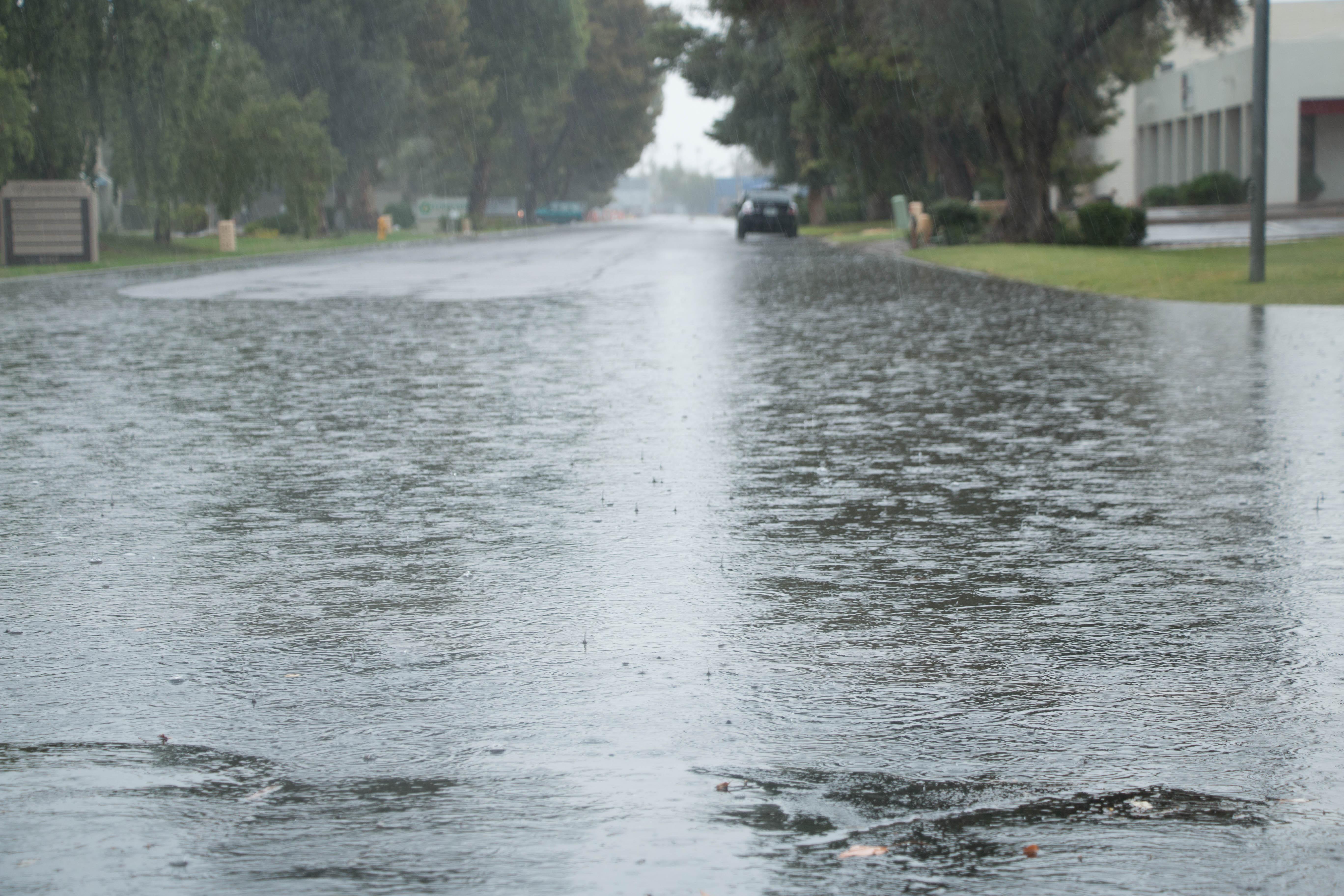 Phoenix weather: Don't put that umbrella away yet | Arizona Central