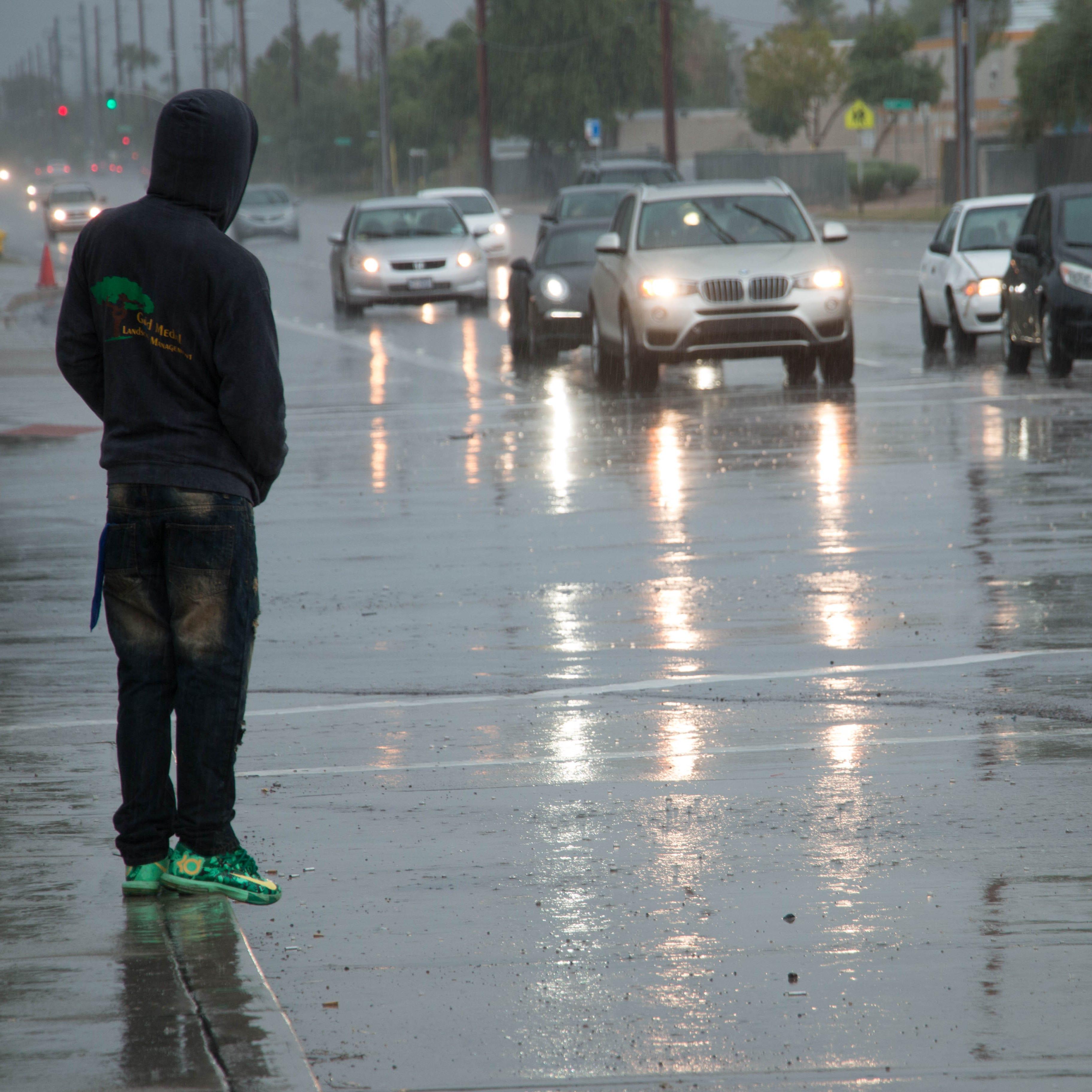 Ya no hay huracanes, pero lluvias siguen en Phoenix