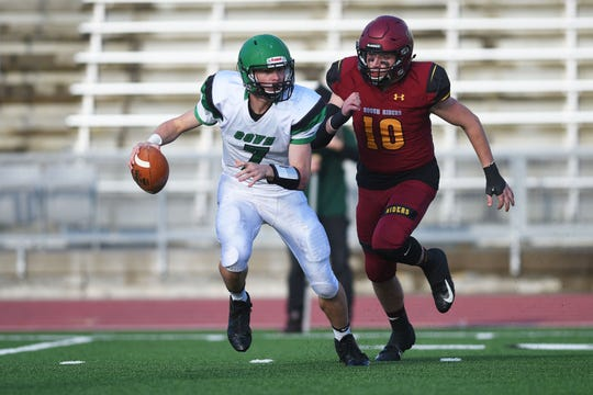 Pierre's Garrett Stout goes against Roosevelt's Ethan Winter during the game Friday, Oct. 12, at Howard Wood Field in Sioux Falls.