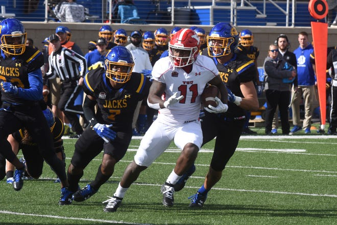 Youngstown State's Jermiah Braswell (11) runs the ball during a game against South Dakota State Saturday, Oct. 13, 2018 in Brookings, S.D.