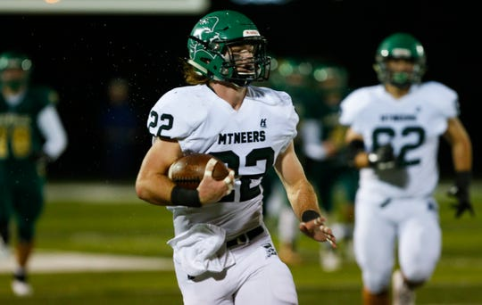 Mount Vernon was the surprise team in the playoffs last year, but the Mountaineers are not going to fool anyone this year.