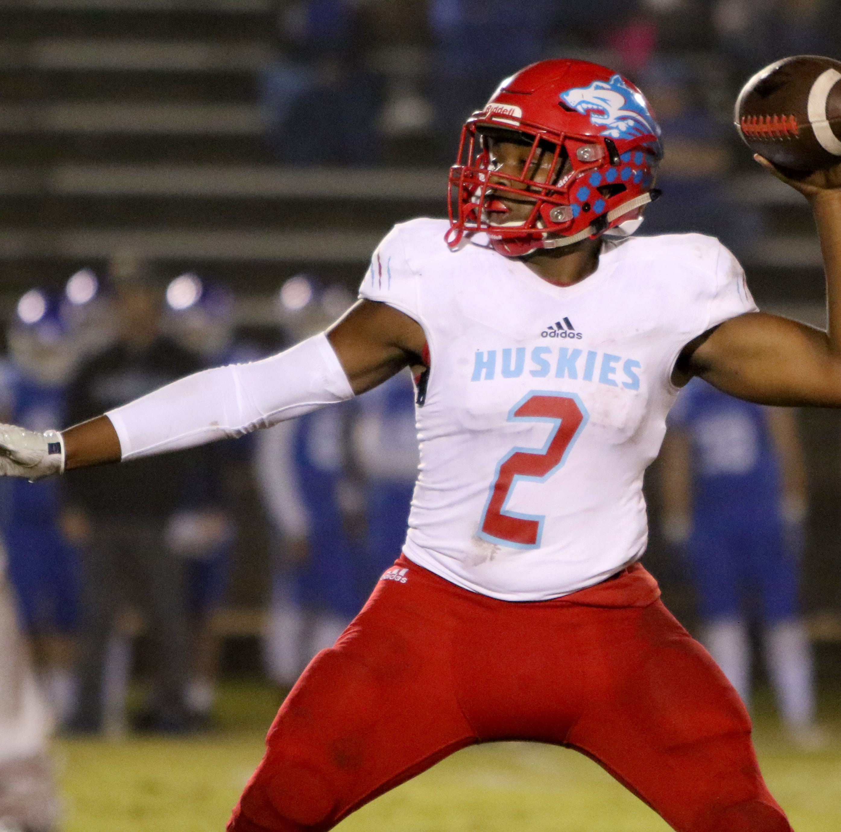 Hull column: Decatur changes everything early and changes the outcome late with 22-21 upset over Hirschi
