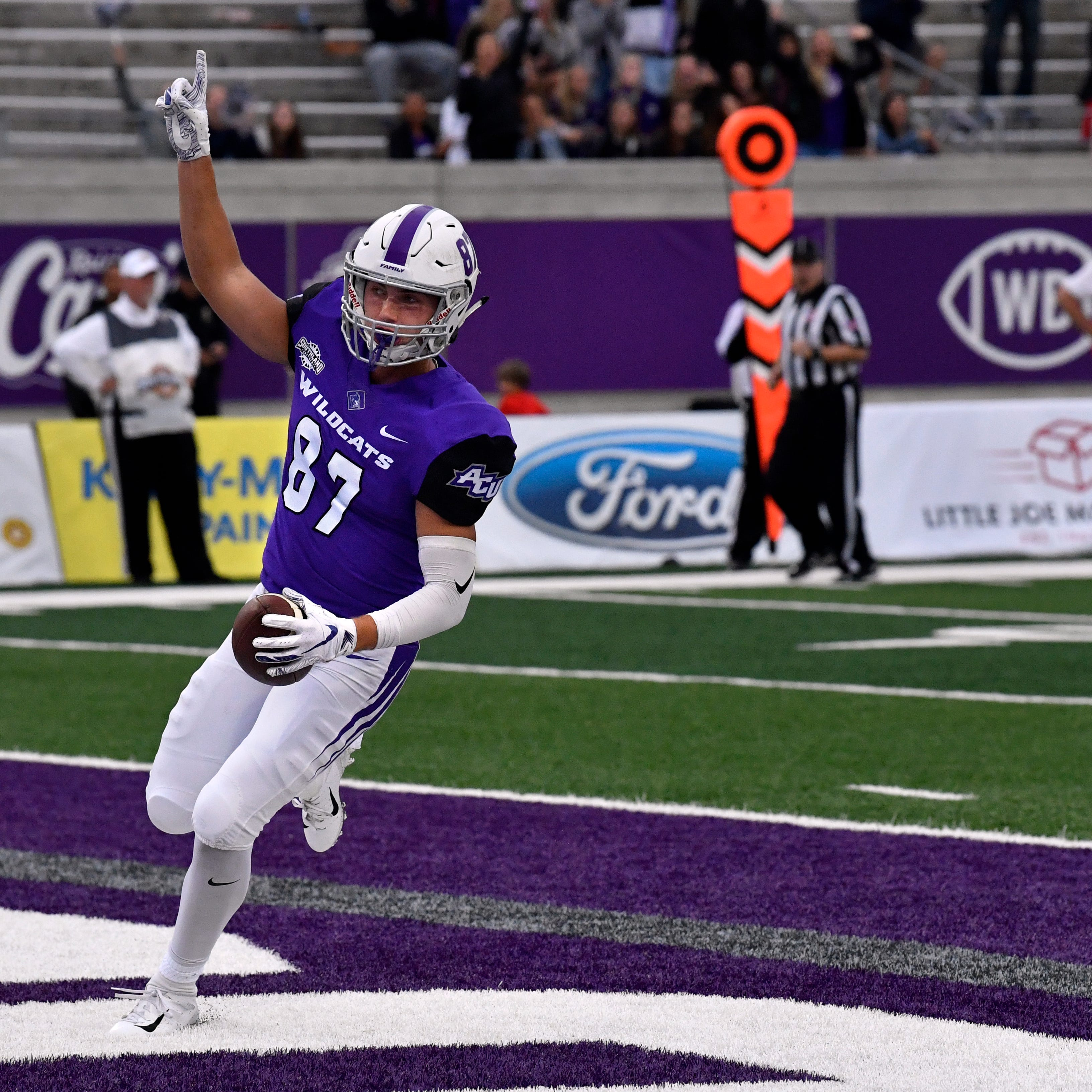 Abilene Christian football upsets No. 11 Nicholls for 1st win over ranked team since 2014