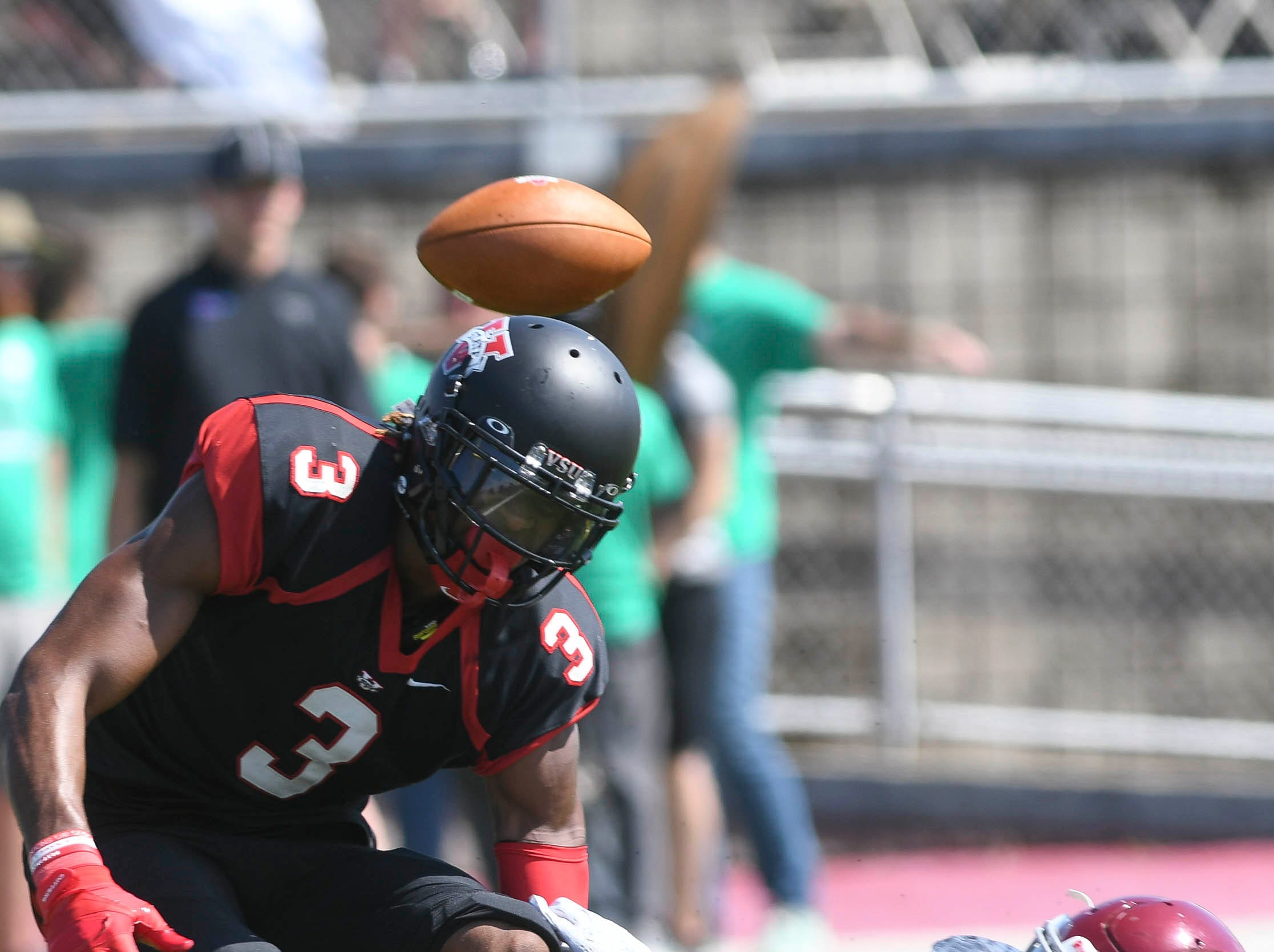 Florida Tech's Tyrone Cromwell breaks up a pass intended for Joe Fortson of Valdosta State during Saturday's game.