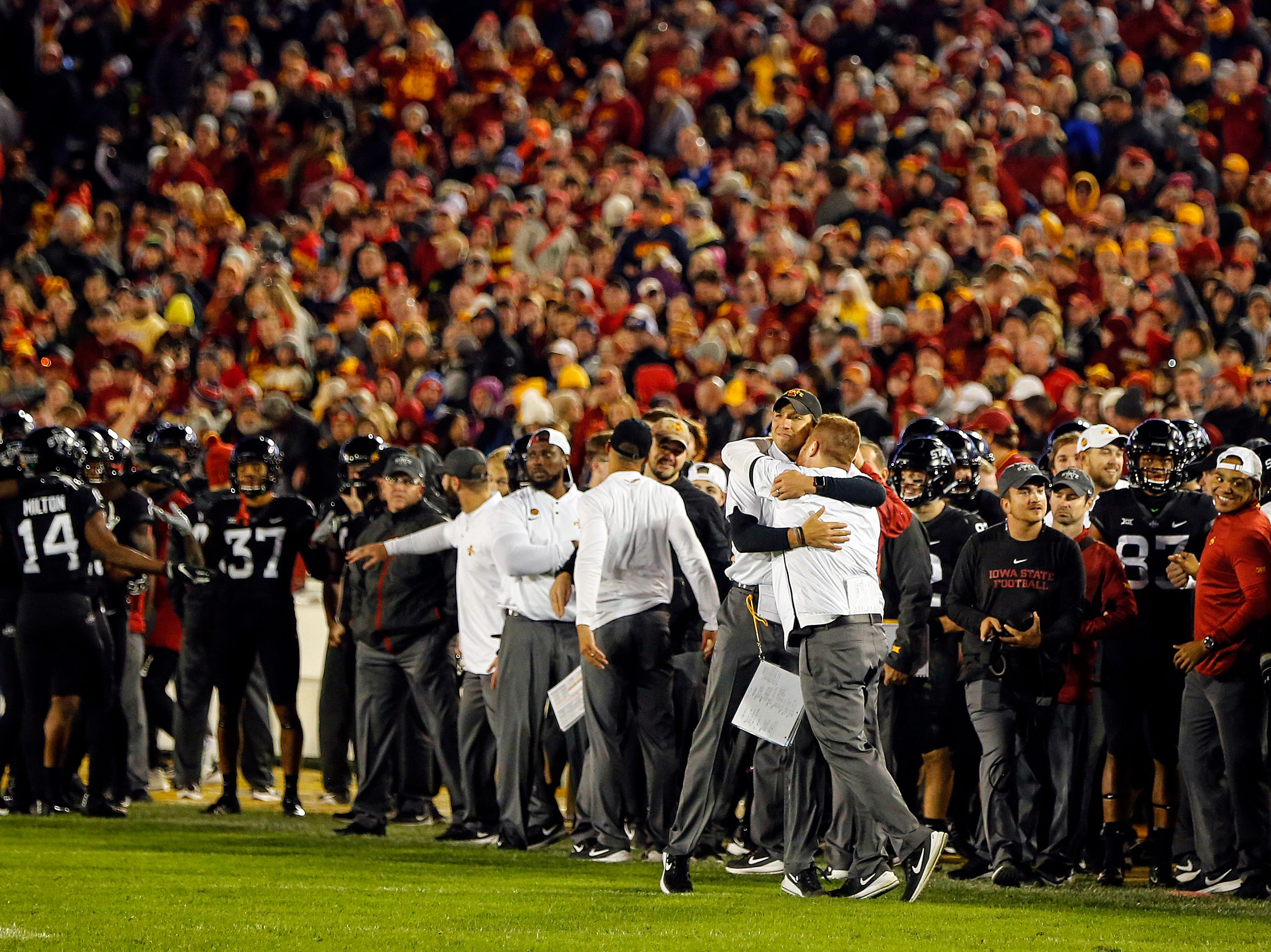 Coach Matt Campbell celebrates during final seconds of the Iowa State West Virginia game at Jack Trice Stadium Saturday, Oct. 13, 2018.
