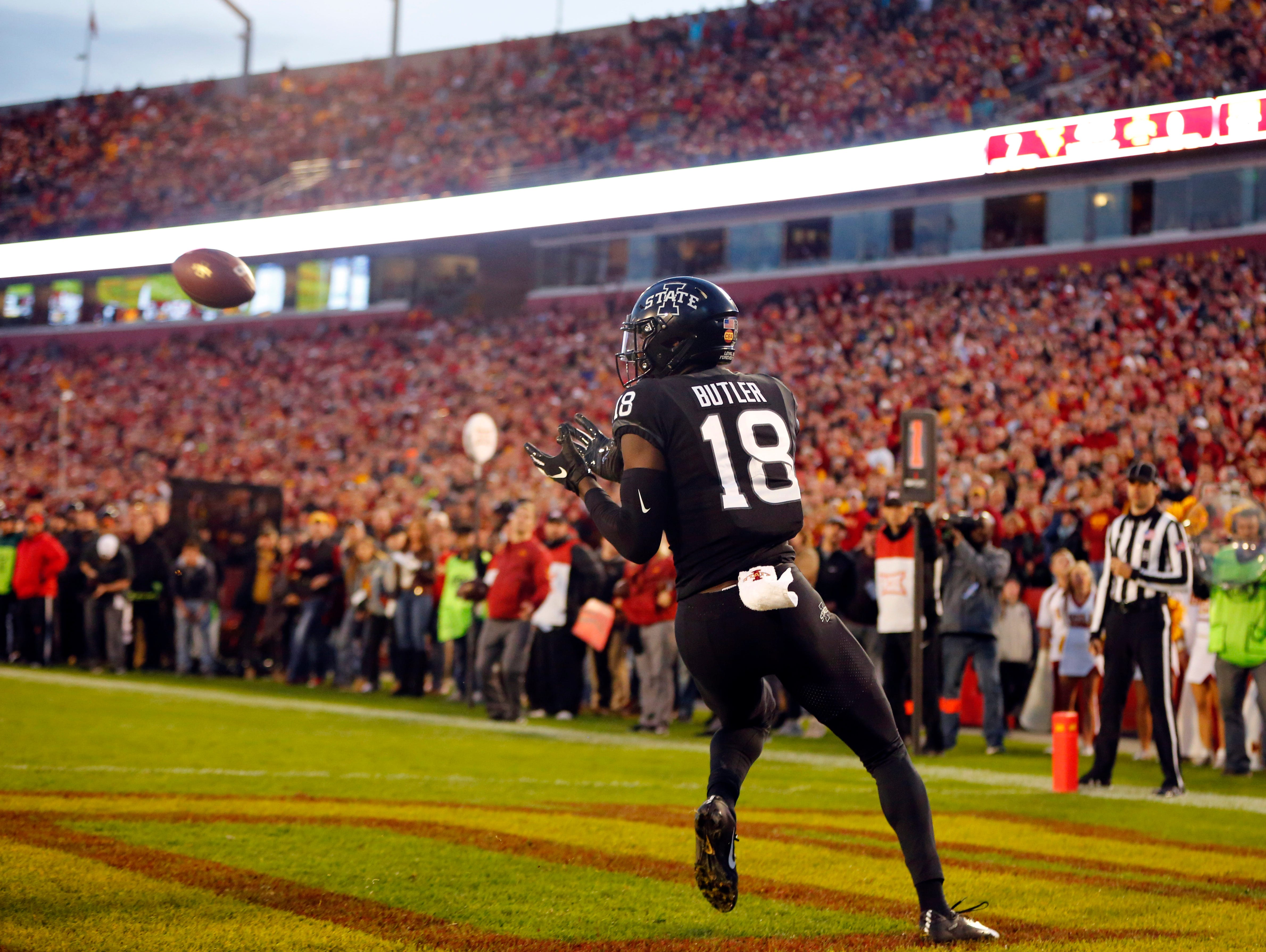 Hakeem Butler catches a touchdown during the Iowa State West Virginia game at Jack Trice Stadium Saturday, Oct. 13, 2018.