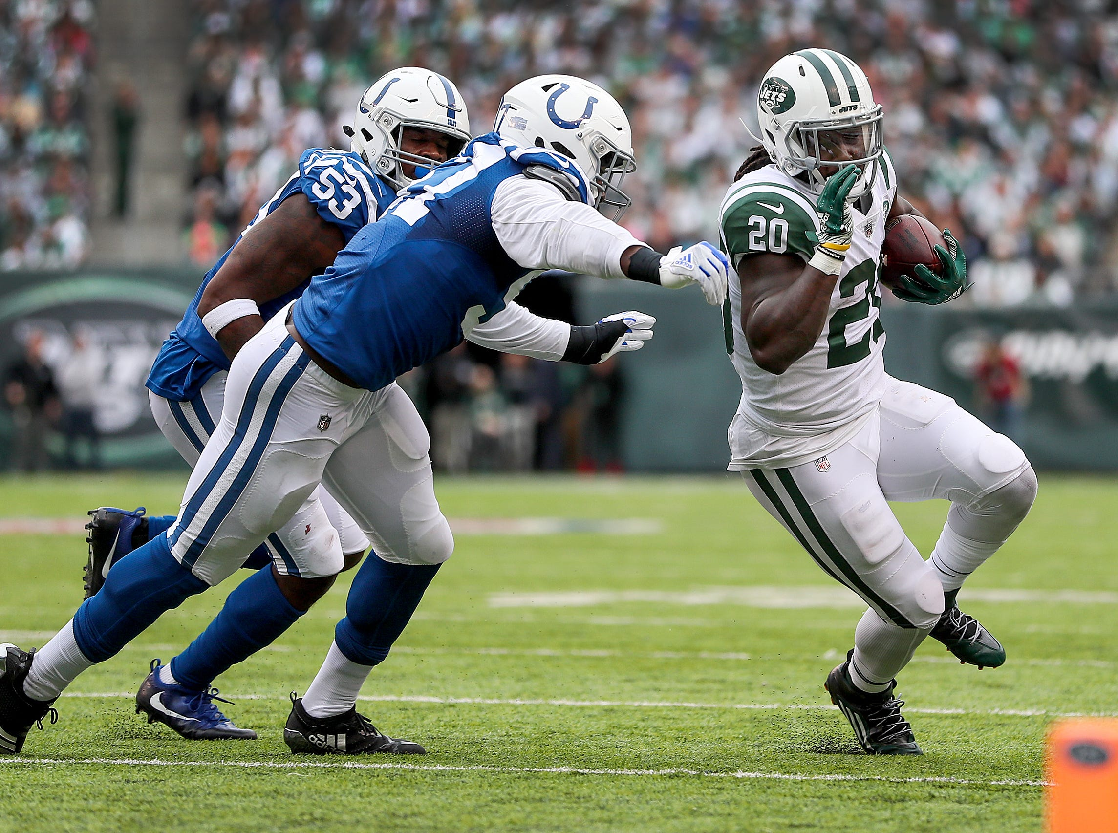 Colts trade Hassan Ridgeway to the Eagles for a seventh-round pick