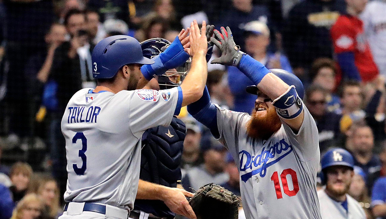 cb76ecd6b Dodgers 4