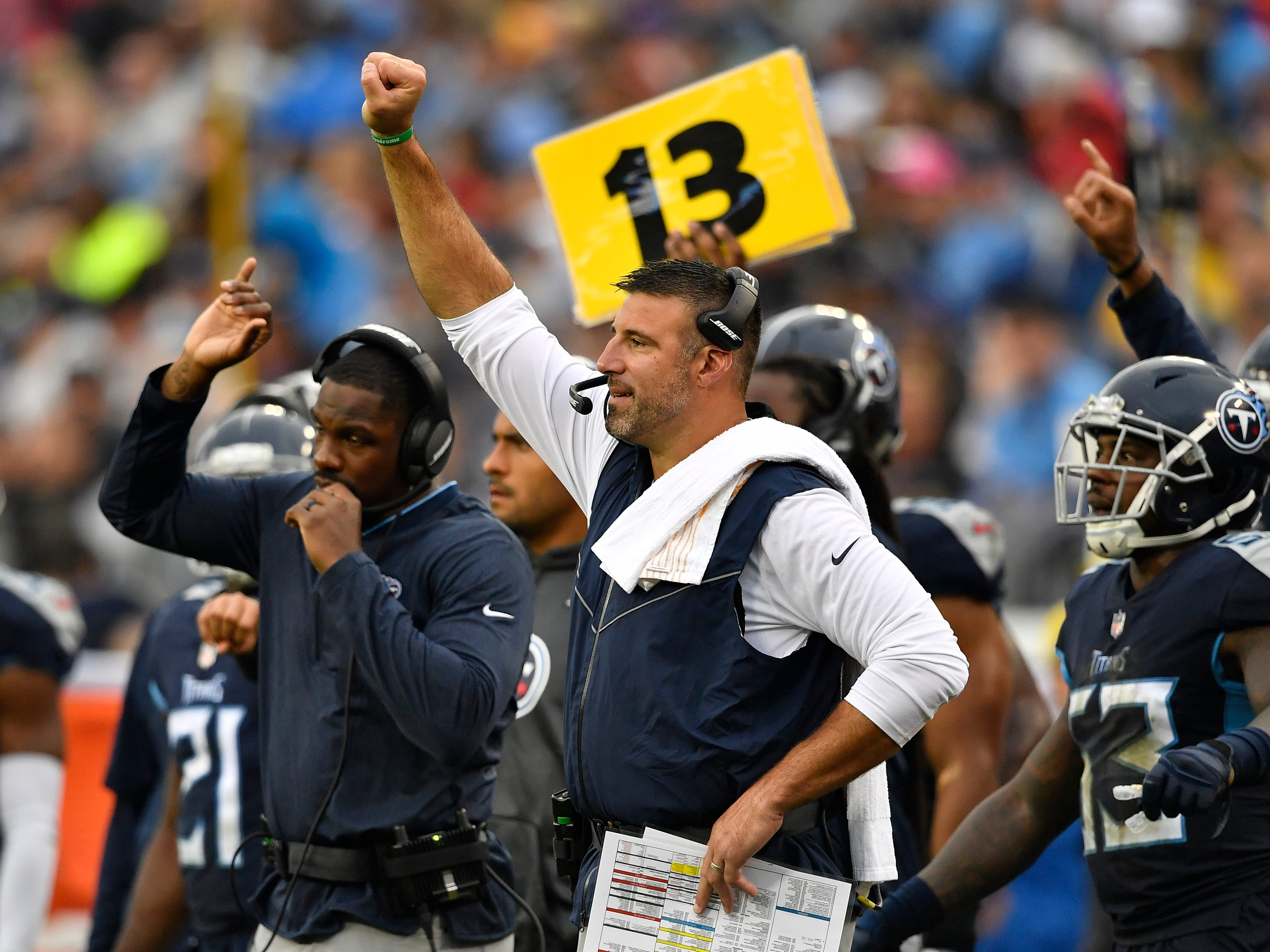 Titans head coach Mike Vrabel gives his team directions during the third quarter at Nissan Stadium Sunday, Oct. 14, 2018, in Nashville, Tenn.