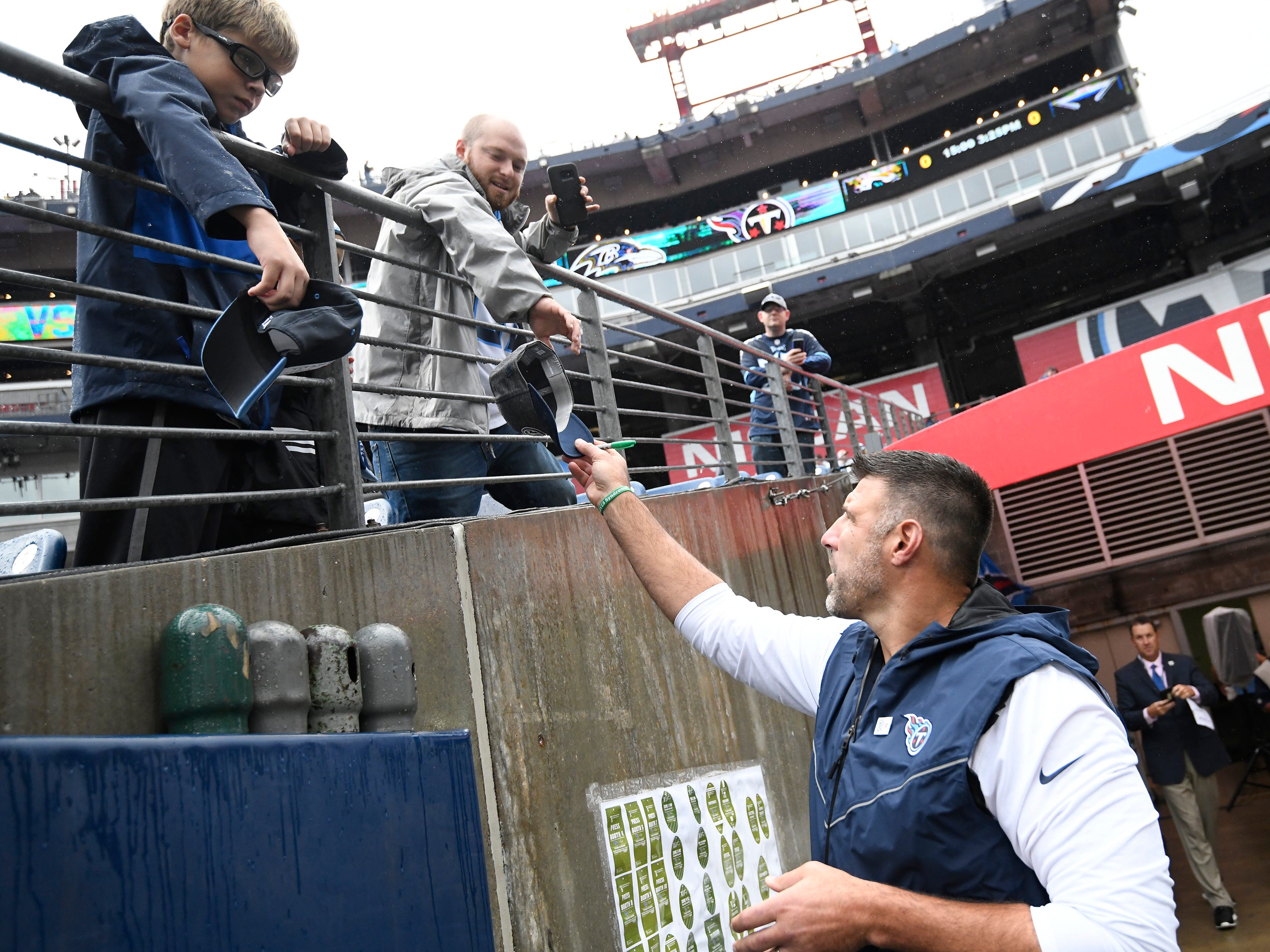 Titans head coach Mike Vrabel greets fans before the game at Nissan Stadium Sunday, Oct. 14, 2018, in Nashville, Tenn.