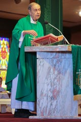 Monsignor Howard Lincoln addressed the sexual assault allegations against Peter McCormick, who was a priest at Sacred Heart Catholic Church from 1984 to 2000, during Sunday Mass, Palm Desert, Calif., October 14, 2018.