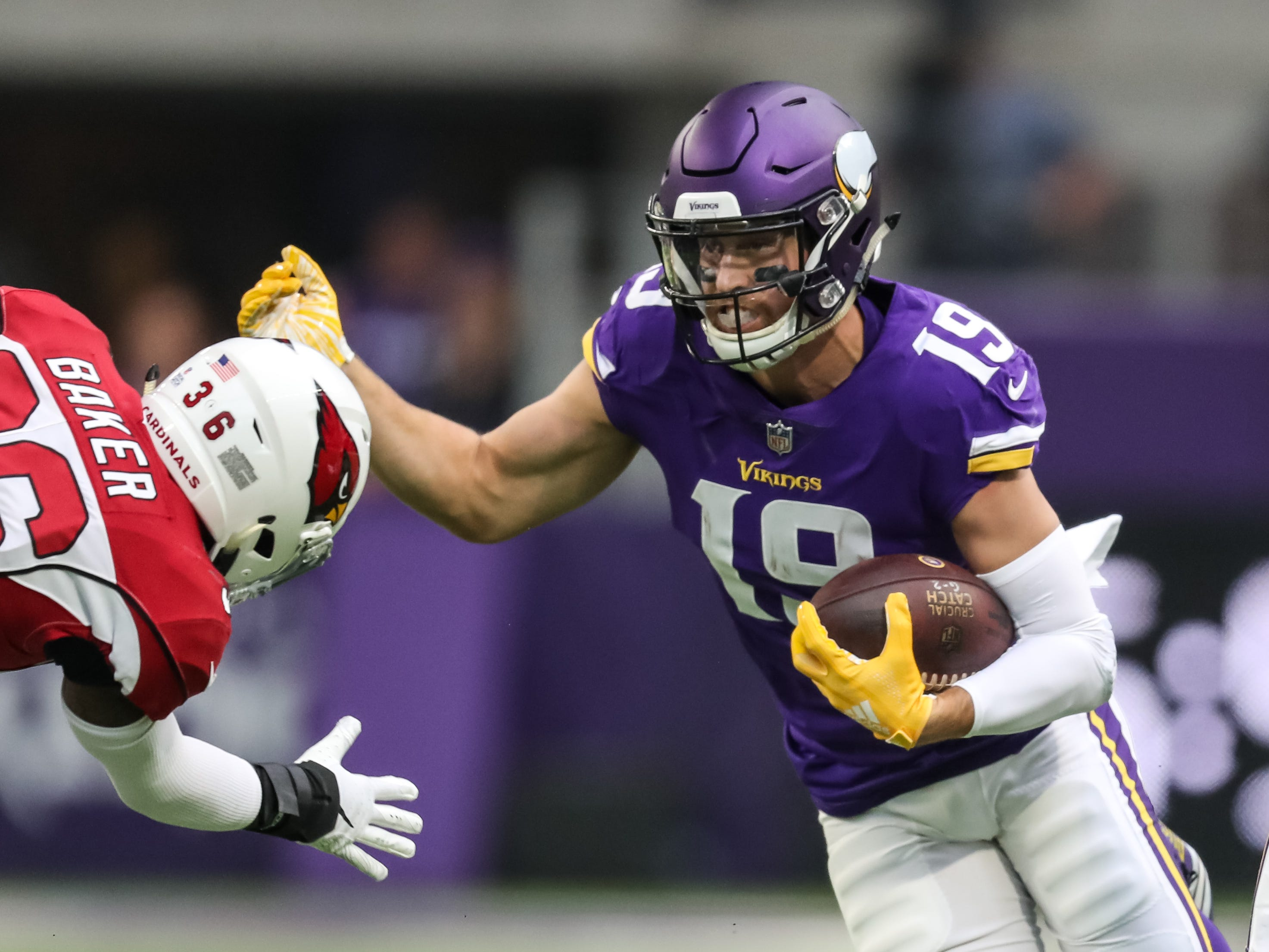 Oct 14, 2018; Minneapolis, MN, USA; Minnesota Vikings wide receiver Adam Thielen (19) carries the ball during the first quarter against the Arizona Cardinals at U.S. Bank Stadium. Mandatory Credit: Brace Hemmelgarn-USA TODAY Sports