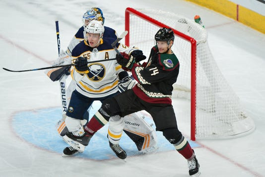 Nhl Buffalo Sabres At Arizona Coyotes