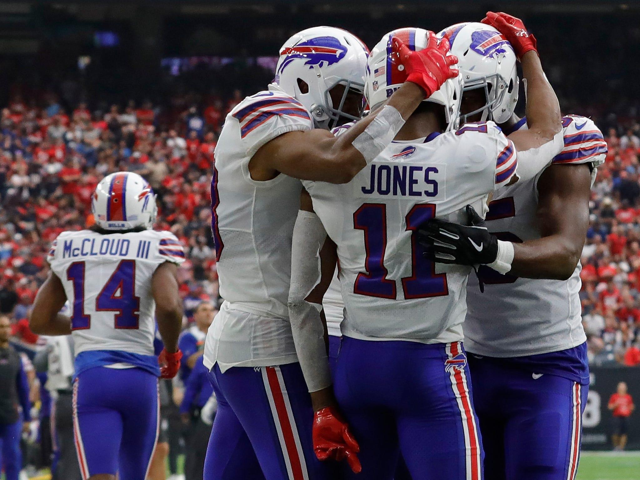 Zay Jones of the Buffalo Bills celebrates a touchdown catch against Houston on Oct. 14.