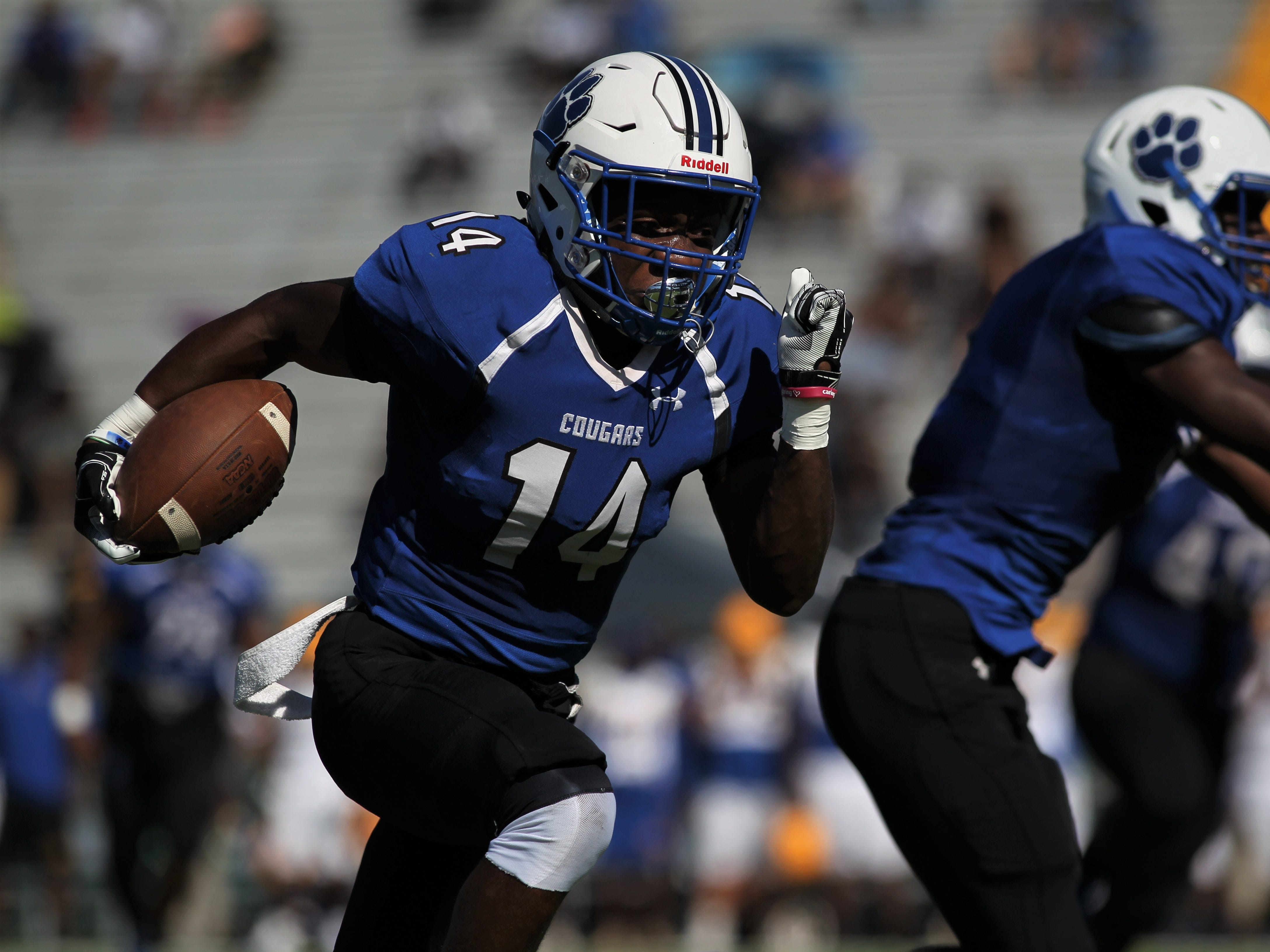 Godby receiver Ja'heim Knight busts a big gain on a receiver screen during a game against Rickards.