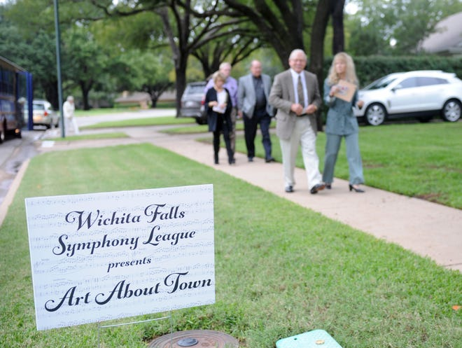 The Wichita Falls Symphony League's Art About Town was held Saturday, Oct. 13, 2018.