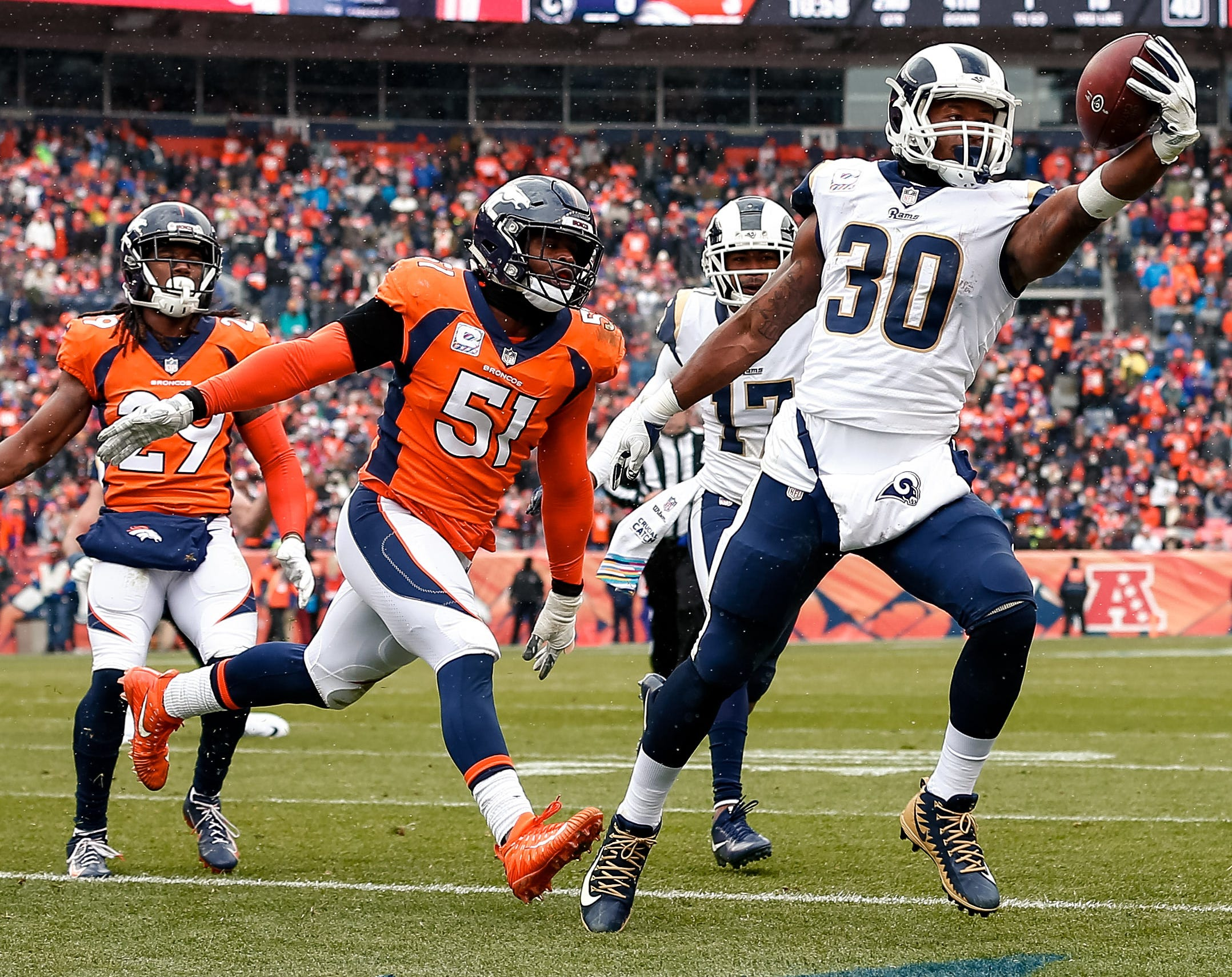 Todd Gurley runs for touchdown against the Denver Broncos.