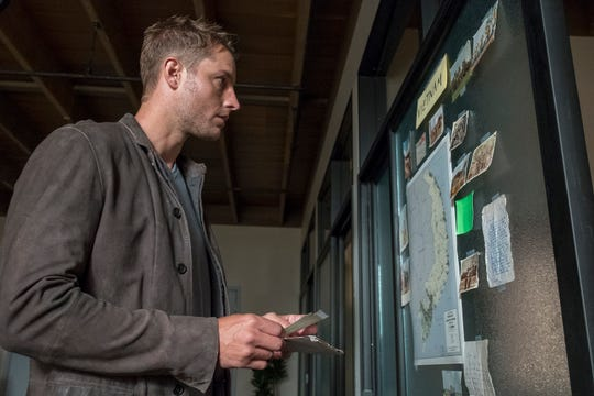 Kevin Pearson (Justin Hartley) tries to learn about his late father's Vietnam experience in NBC's 'This Is Us.'