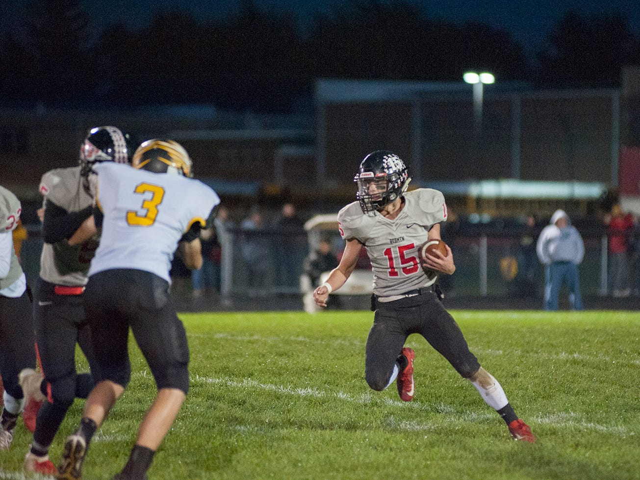 Bucyrus' Hastin Zier runs with the ball.