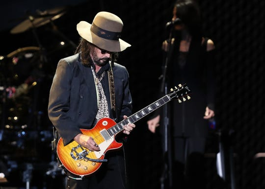 Mike Campbell of Fleetwood Mac performs at Wells Fargo Arena in Des Moines, Iowa, on Oct. 14, 2018.
