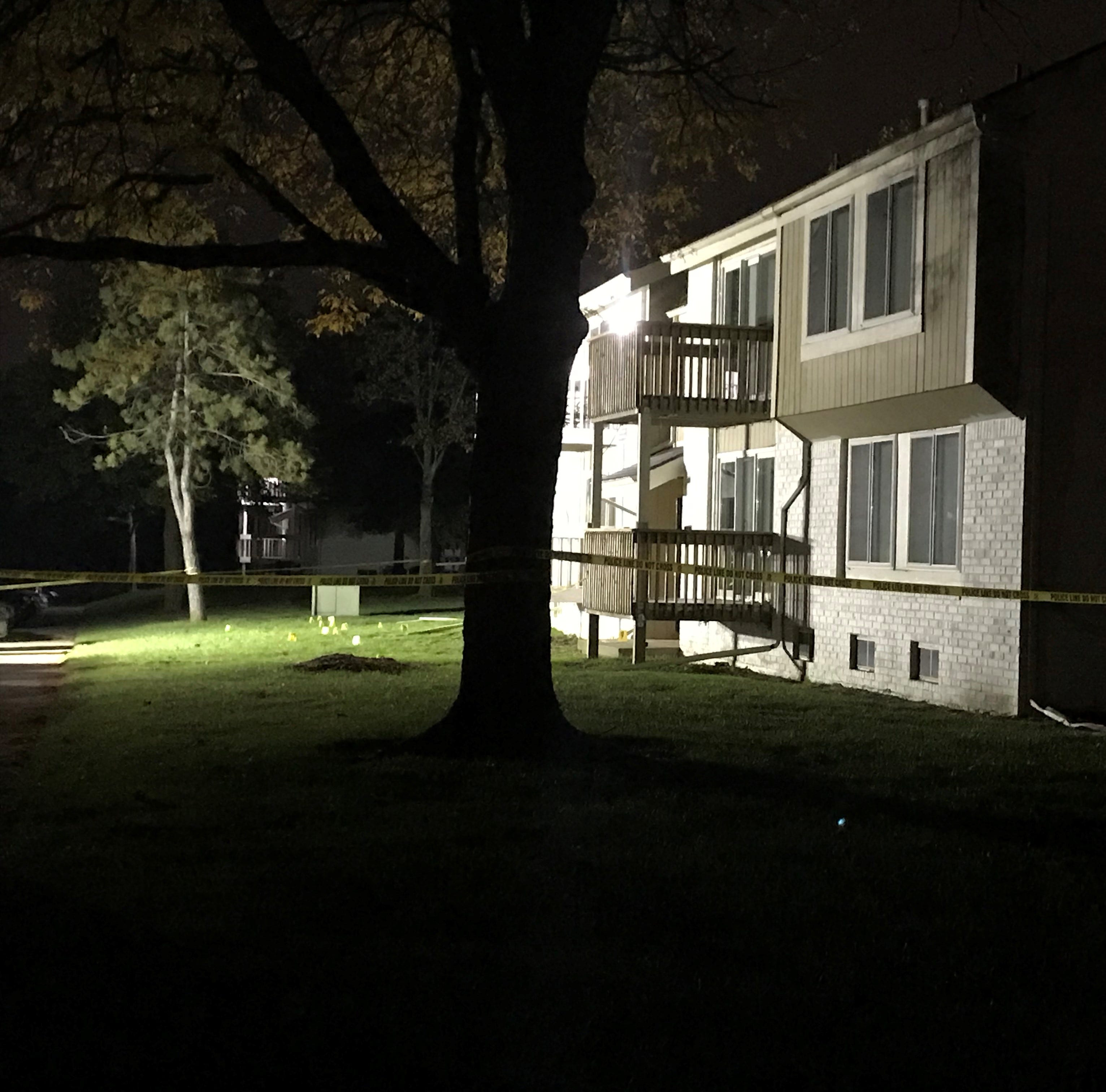 1 killed, 1 injured in Farmington Hills apartment shooting
