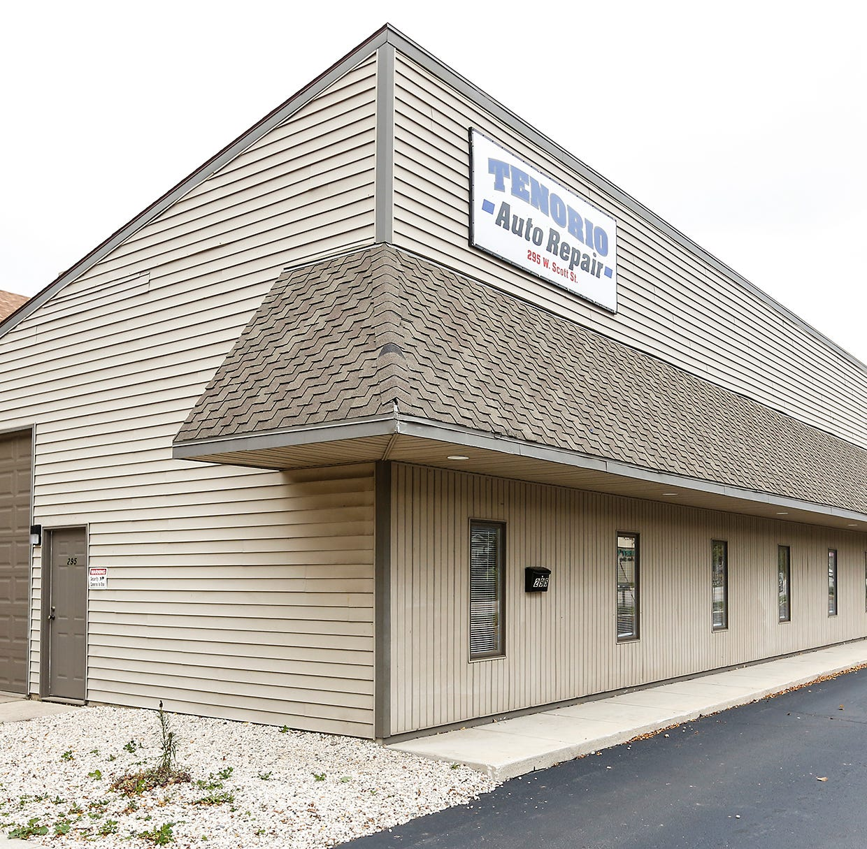 Tenorio Auto Repair opens on Fond du Lac's north side |Streetwise